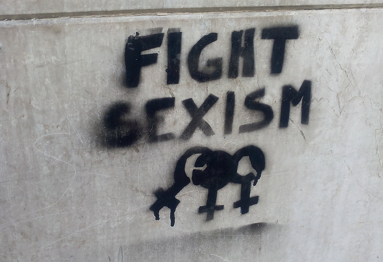 Fight sexism graffiti in Turin November 2016.jpg