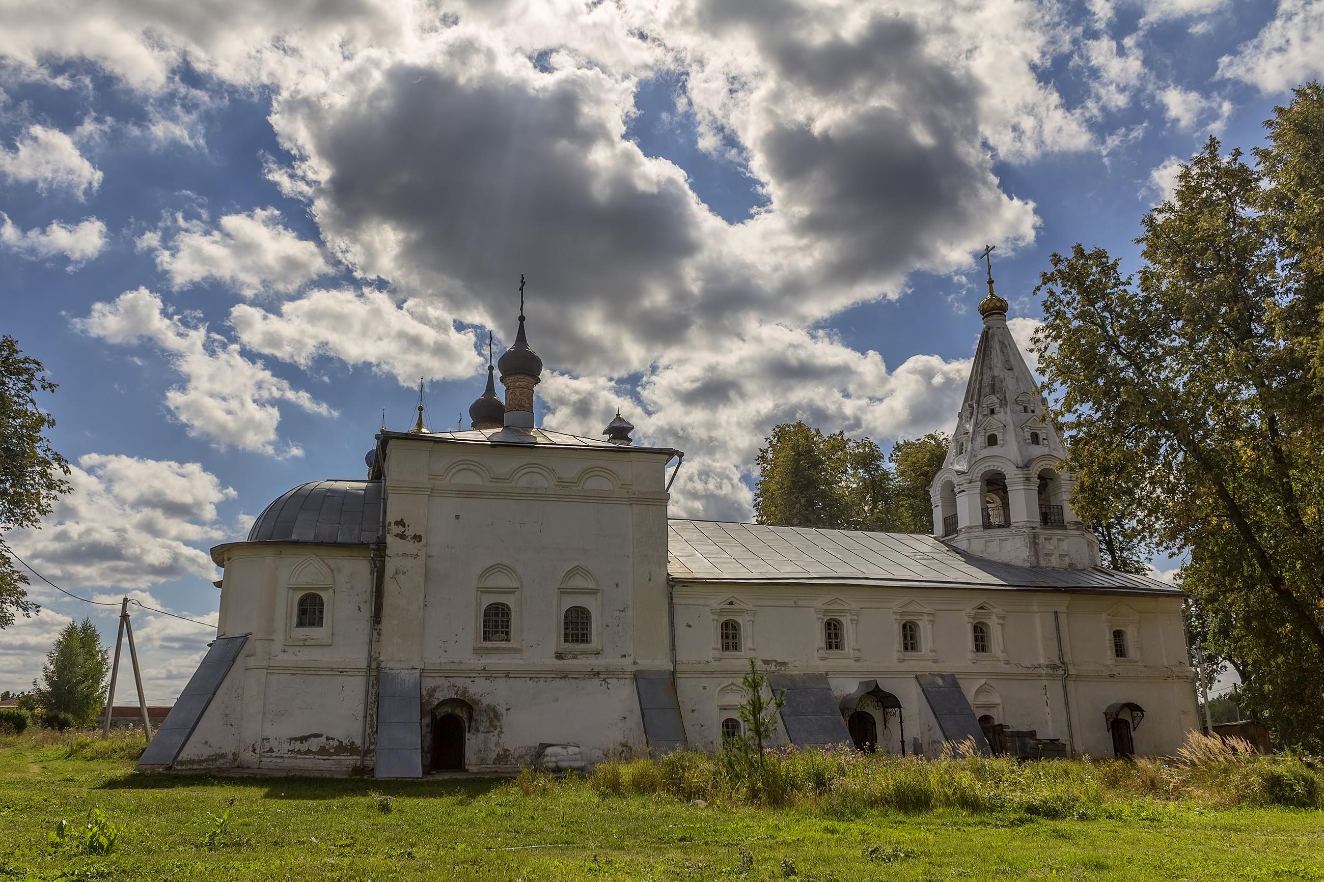 Церковь Богоявления в Лукьянцево