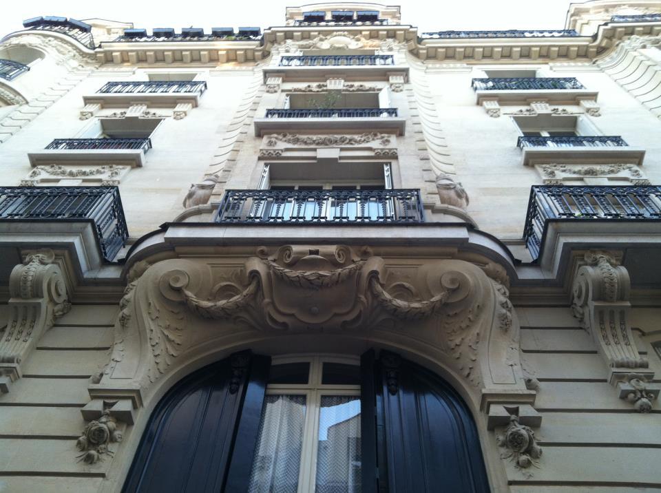 File Jim Morrison S Apartment Building In Les Marais Paris France 17 19 Rue Beautreillis 2 Jpg