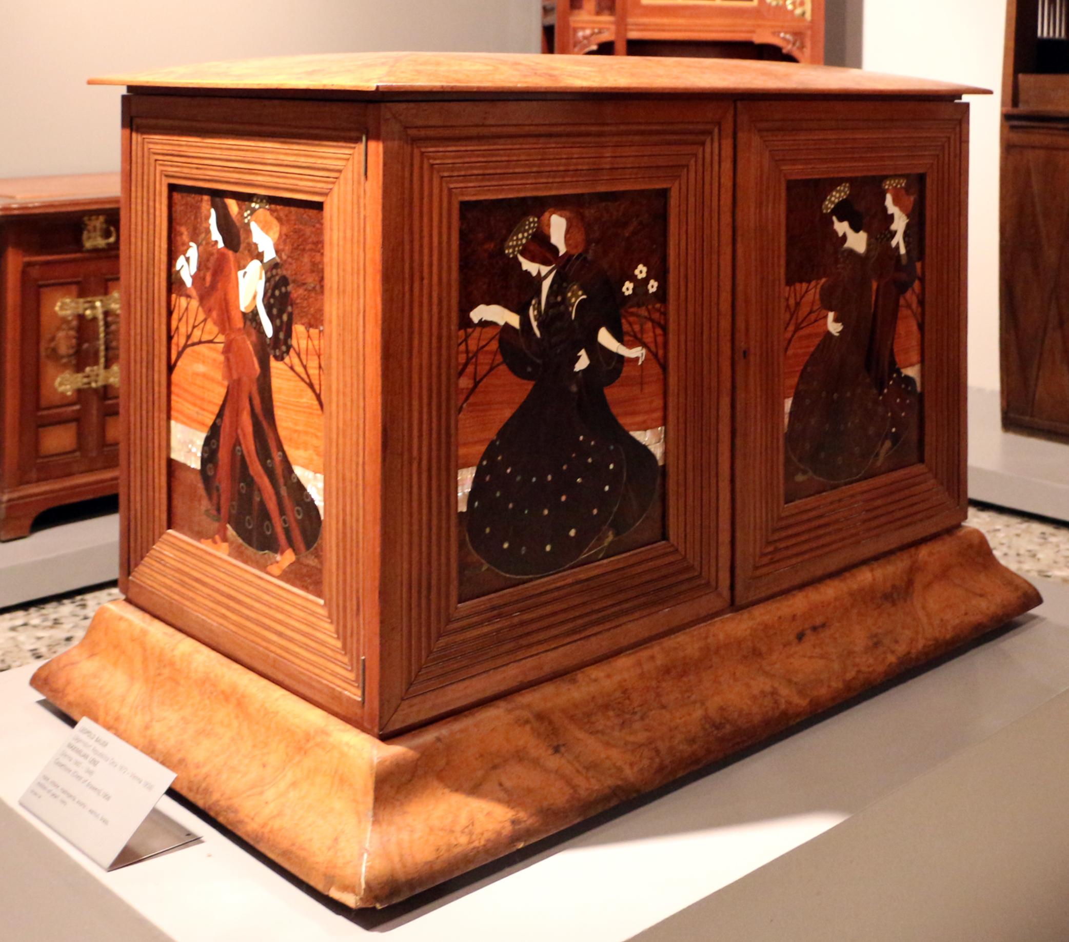 Charmant File:Leopold Bauer E Maximilian Lenz, Cassettone Con Intarsi, 1906, 01.