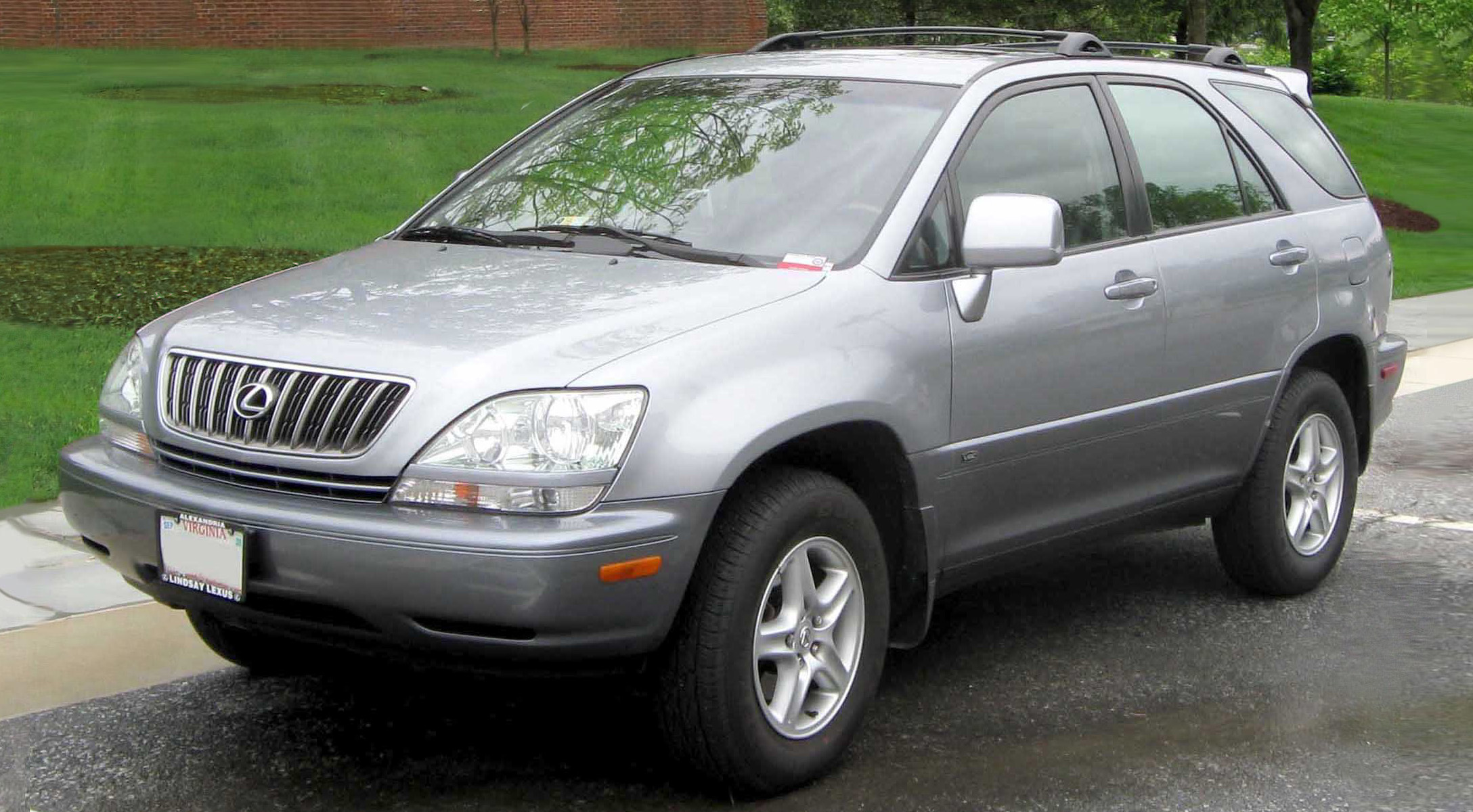 Lexus.RX.300 Interesting Info About Lexus Dealers In Delaware