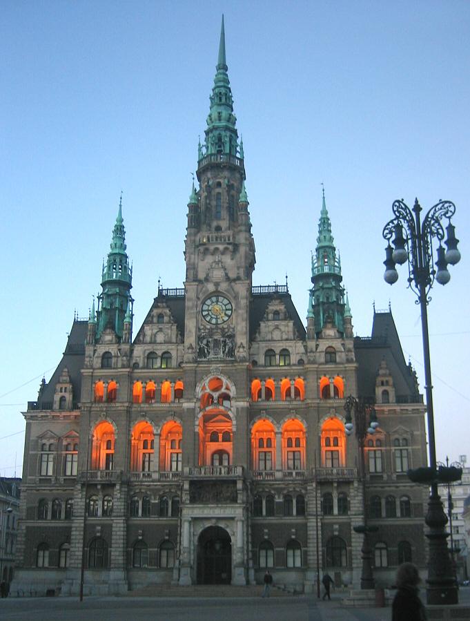 Liberec Town Hall 2003.jpg