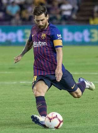 Messi taking a freekick against Real Valladolid in August 2018 Lionel Messi vs Valladolid 3.jpg