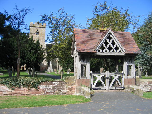 File:Lych Gate at Hampton Lovett church - geograph.org.uk - 228377.jpg