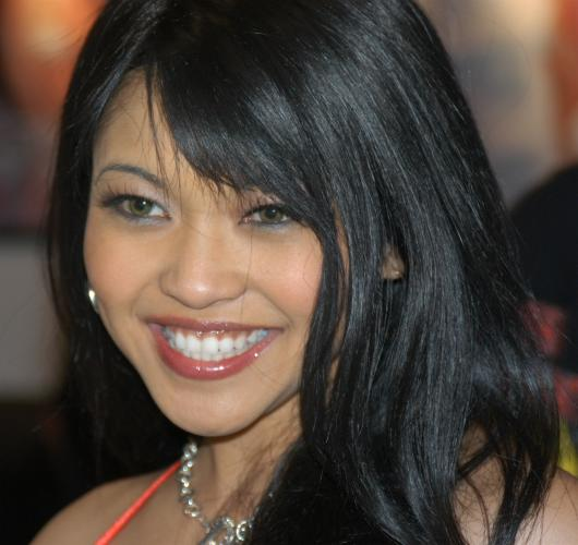 File:Mika Tan at AVN 2005 (1).jpg - Wikimedia Commons: commons.wikimedia.org/wiki/file:mika_tan_at_avn_2005_(1).jpg