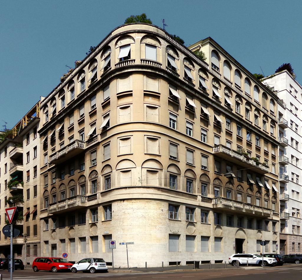 File:Milano - edificio via Daniele Manin 33.jpg - Wikimedia Commons