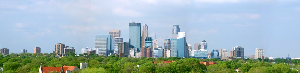 Minneapolis_skyline-20070805.jpg