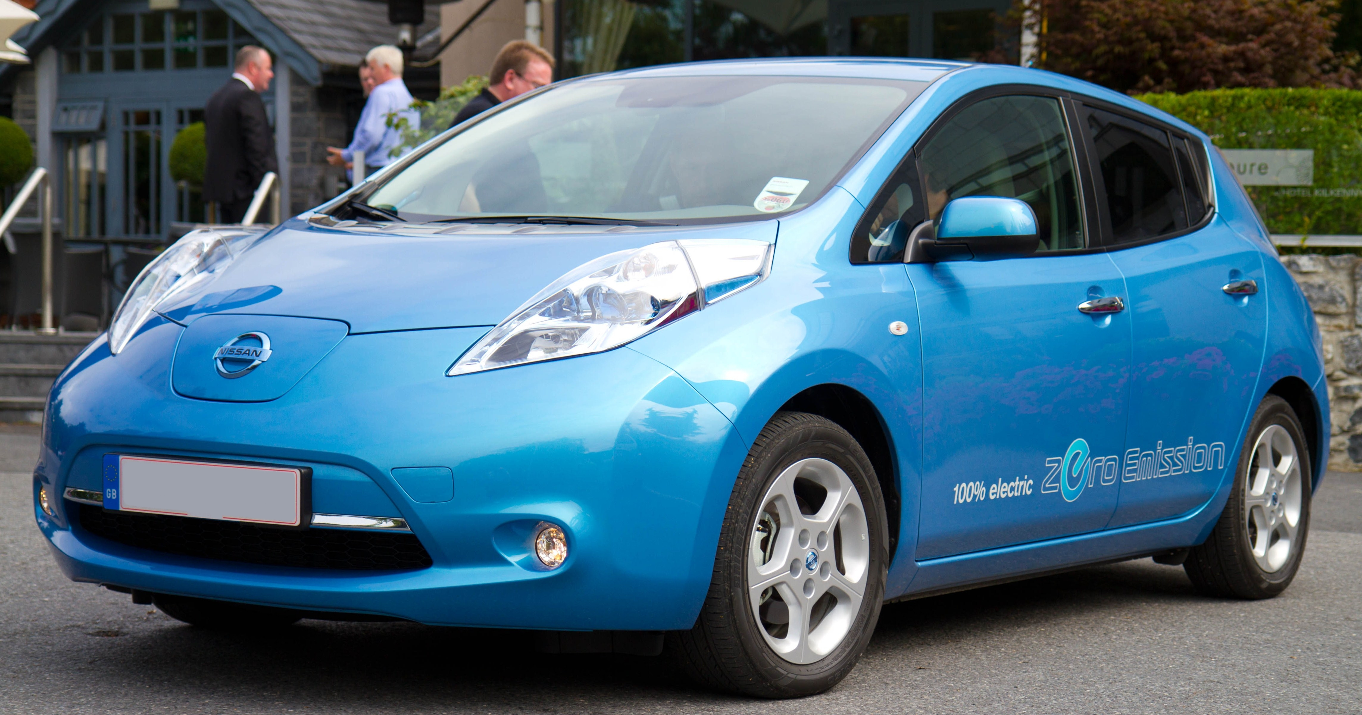 Resultado de imagen para nisssan leaf Electric