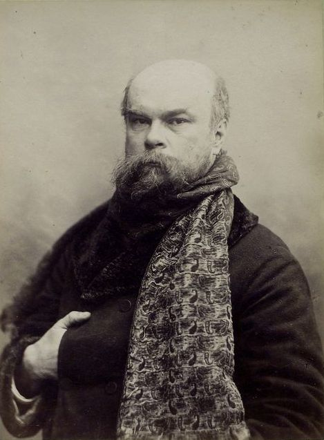 https://upload.wikimedia.org/wikipedia/commons/3/37/Paul_Verlaine.jpeg
