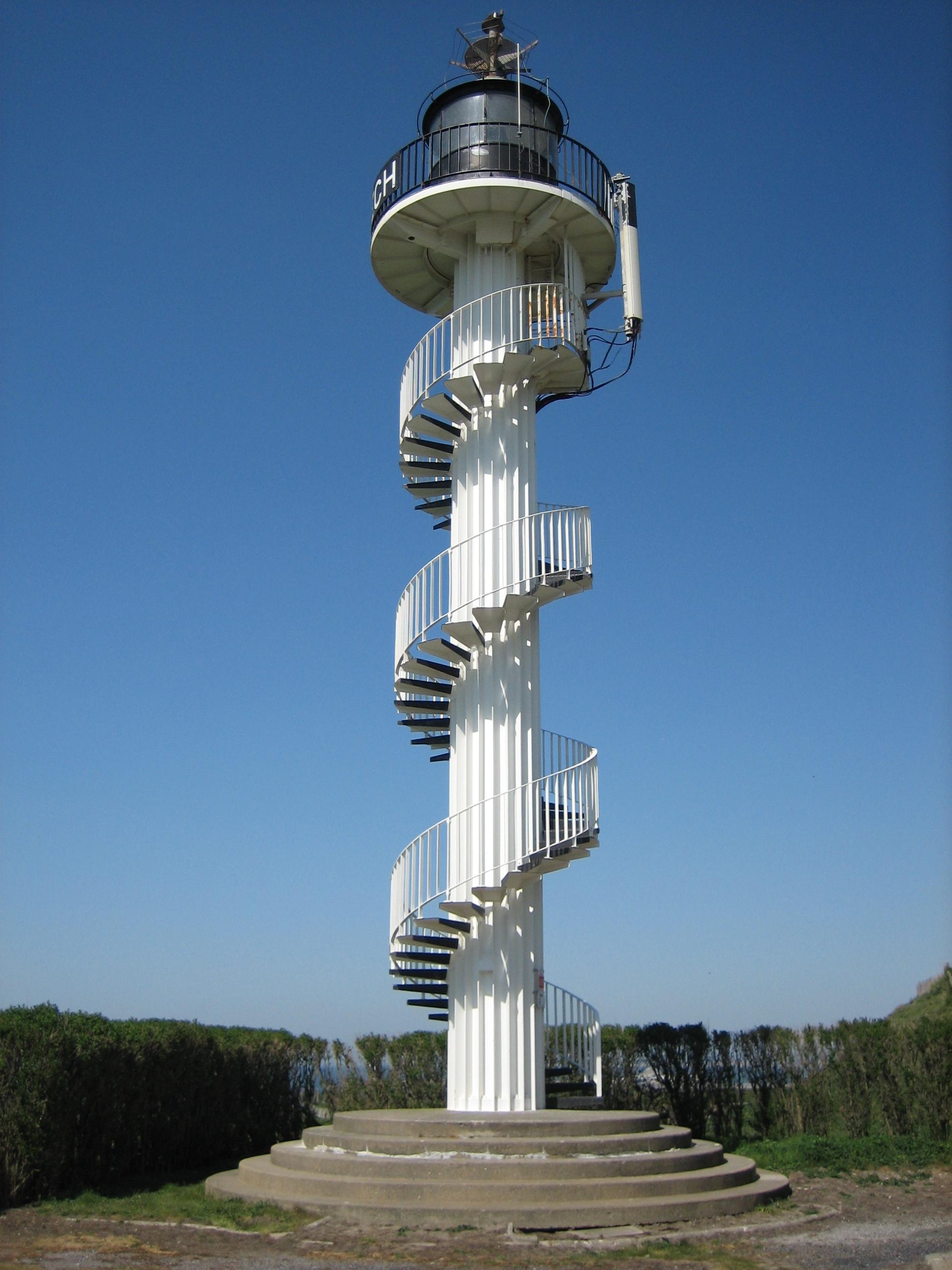 File phare d 39 alprech le portel pas de wikimedia commons - Office du tourisme le portel ...