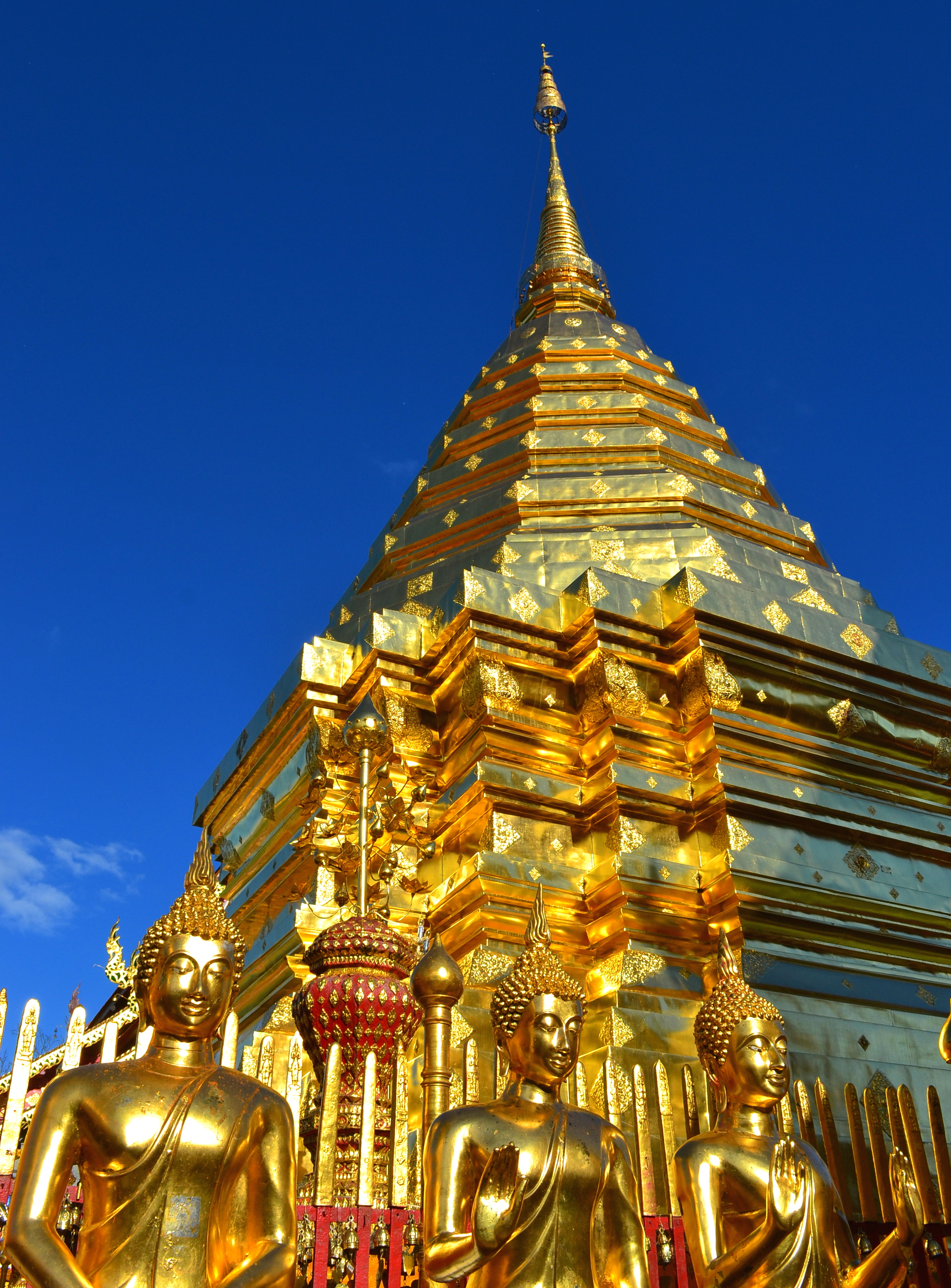 File:Thailand Wat Phra That Doi Suthep Temple Golden Mount ...
