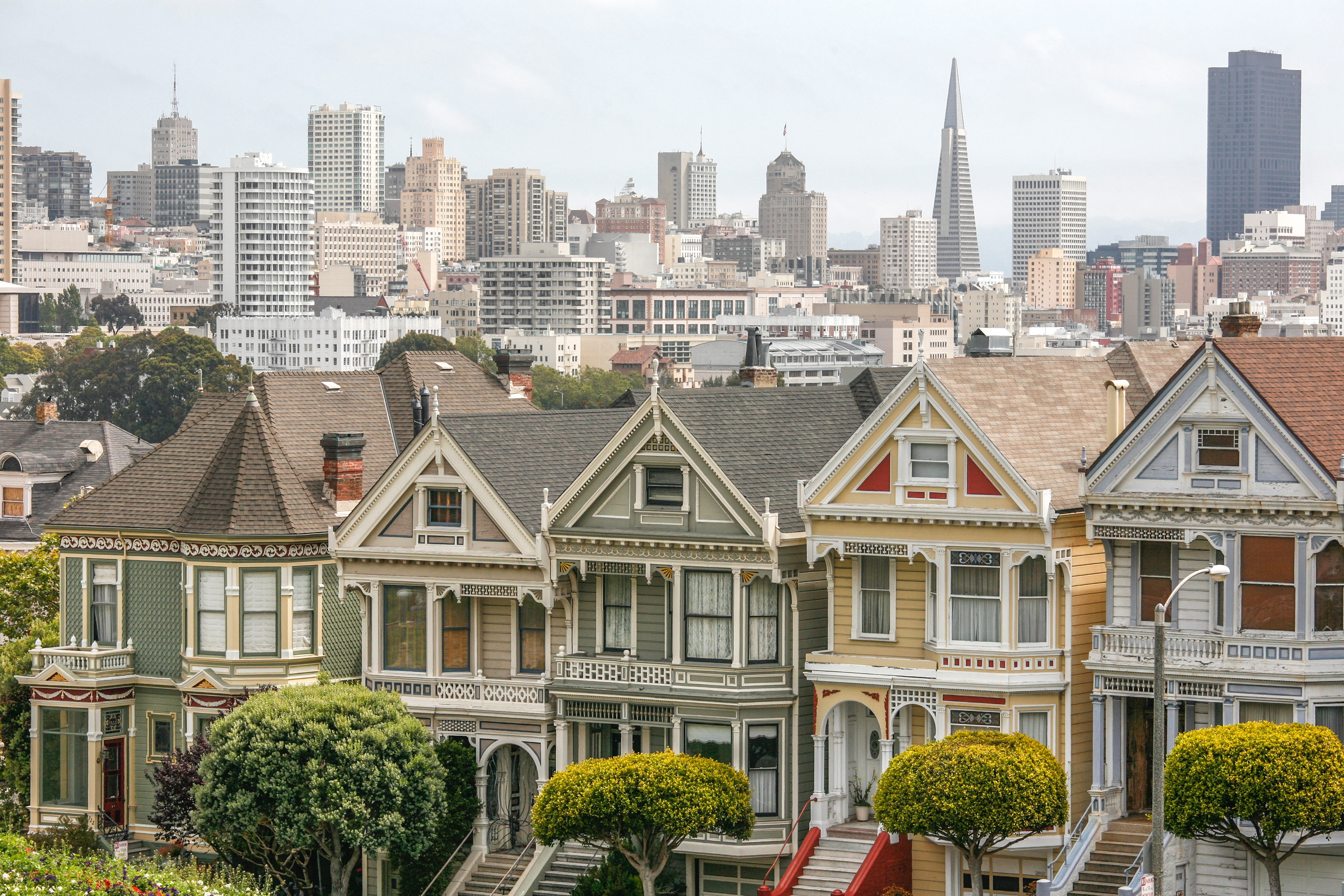 file the painted ladies san francisco 7664260110 jpg wikimedia commons. Black Bedroom Furniture Sets. Home Design Ideas