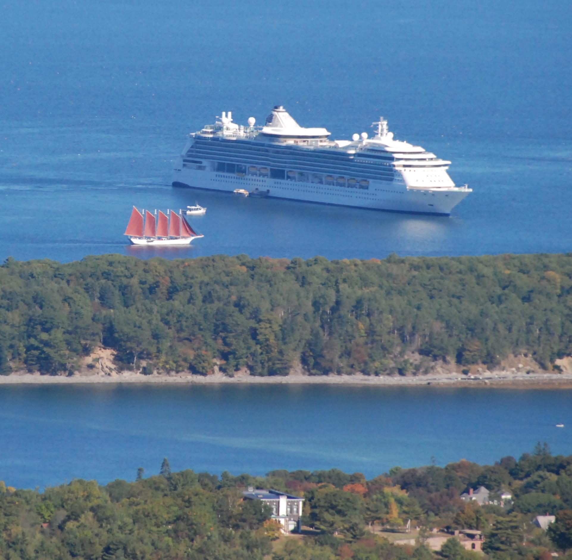 FileThreeshipsbarharbormainejpg Wikimedia Commons - Cruise ship bar harbor