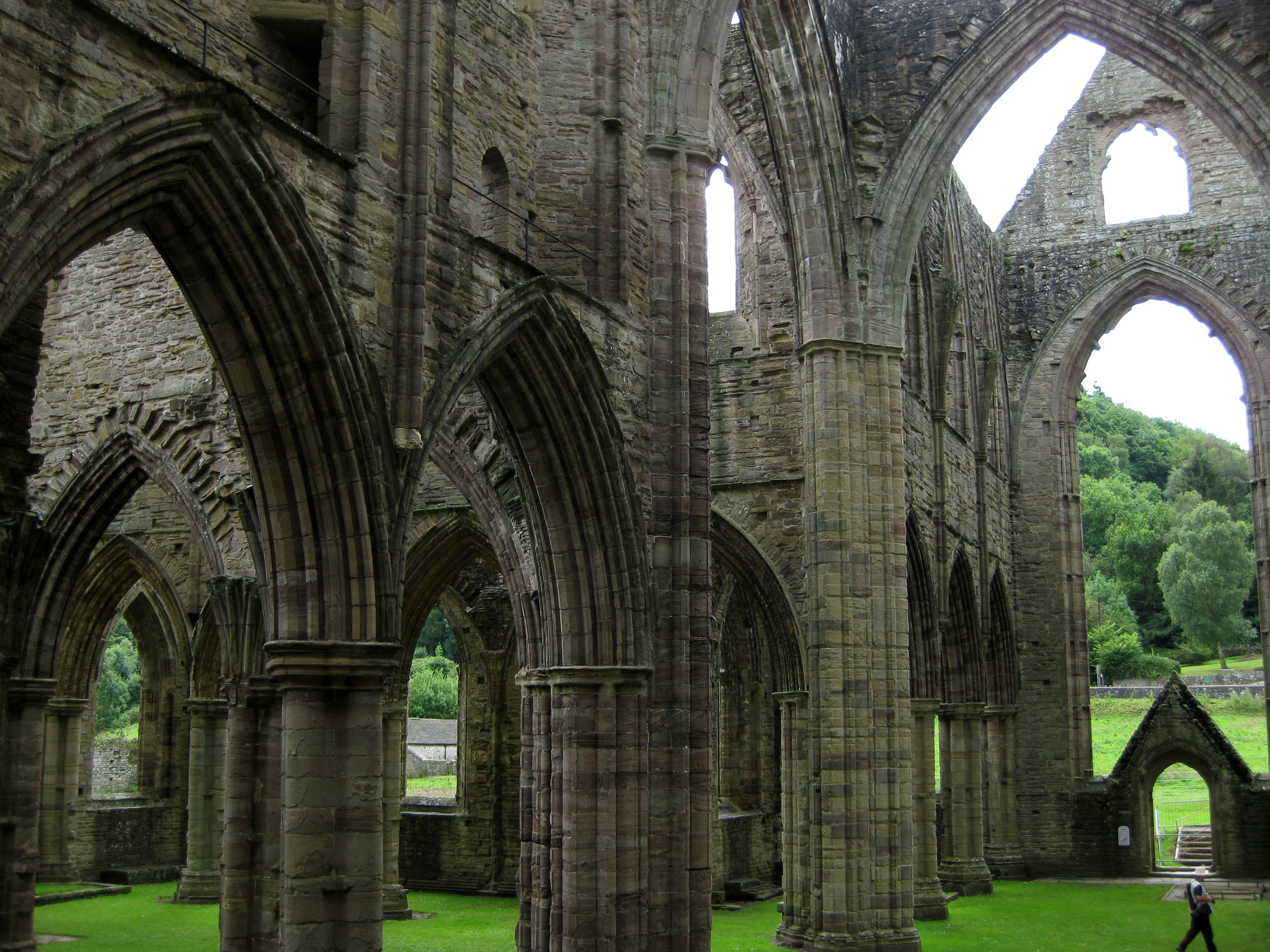 comparing and contrasting tintern abbey and ancient mariner