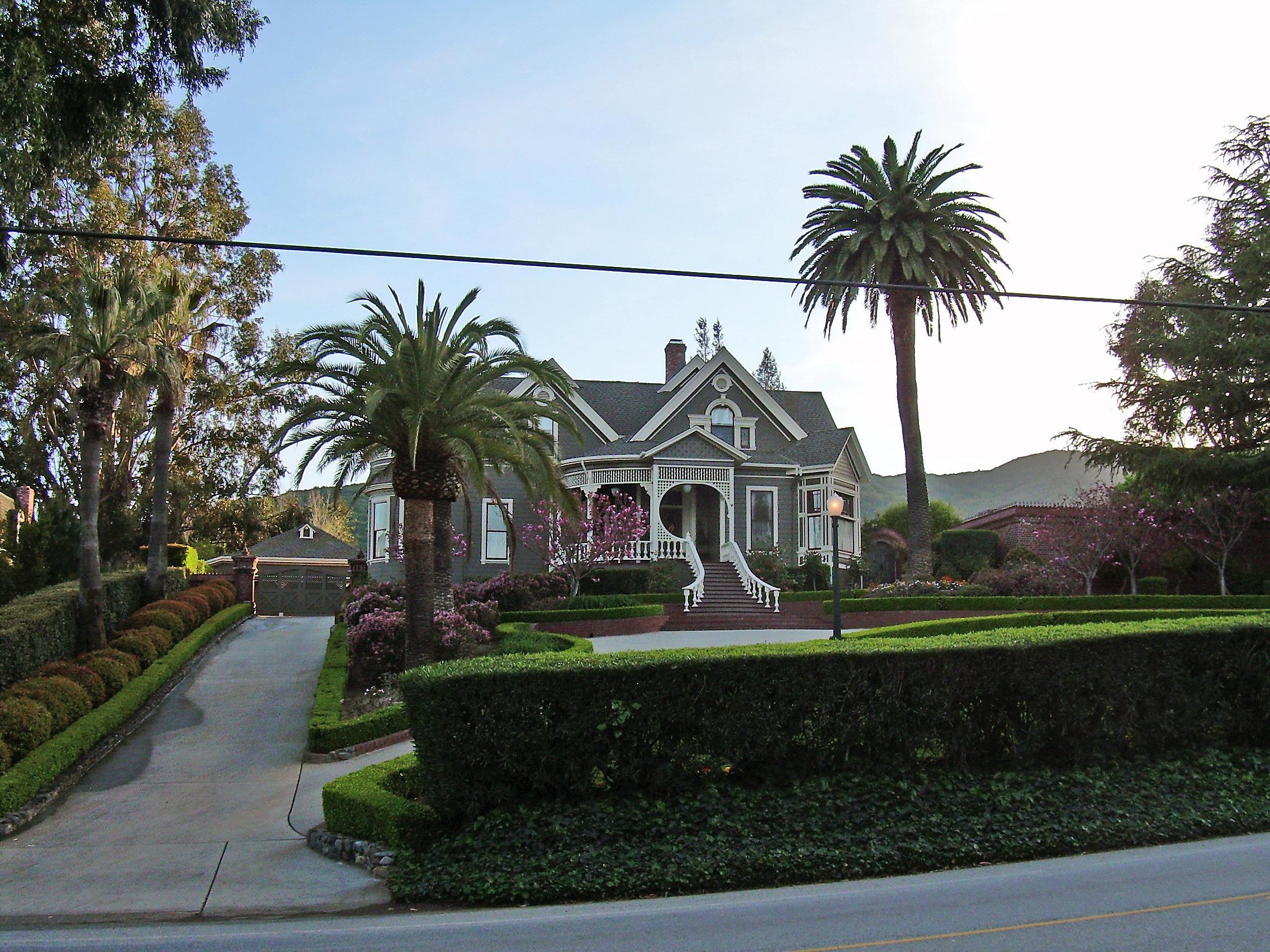 file victorian house monte serno california jpg wikimedia commons