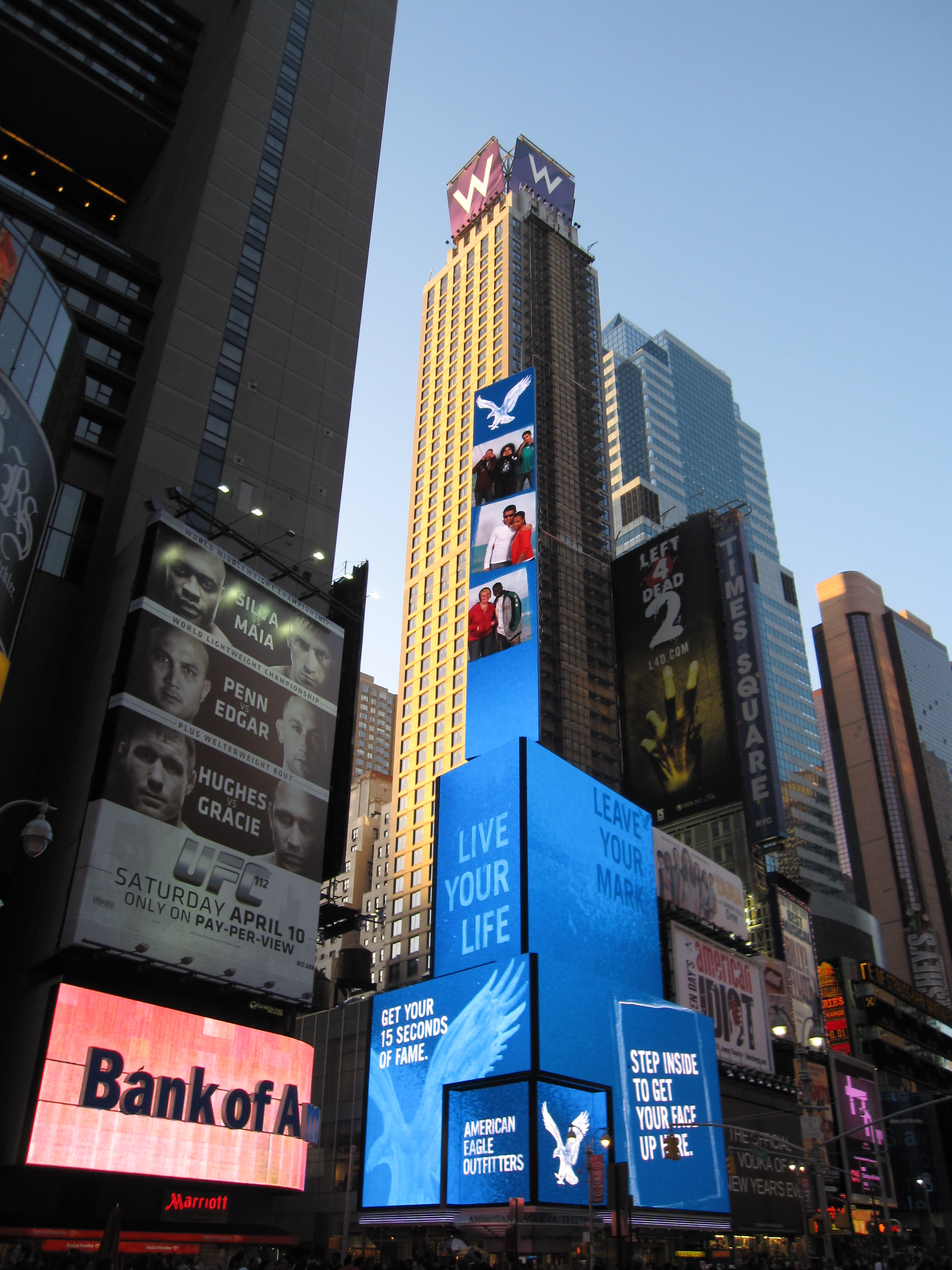 Luxury Hotels in Times Square New York | W New York