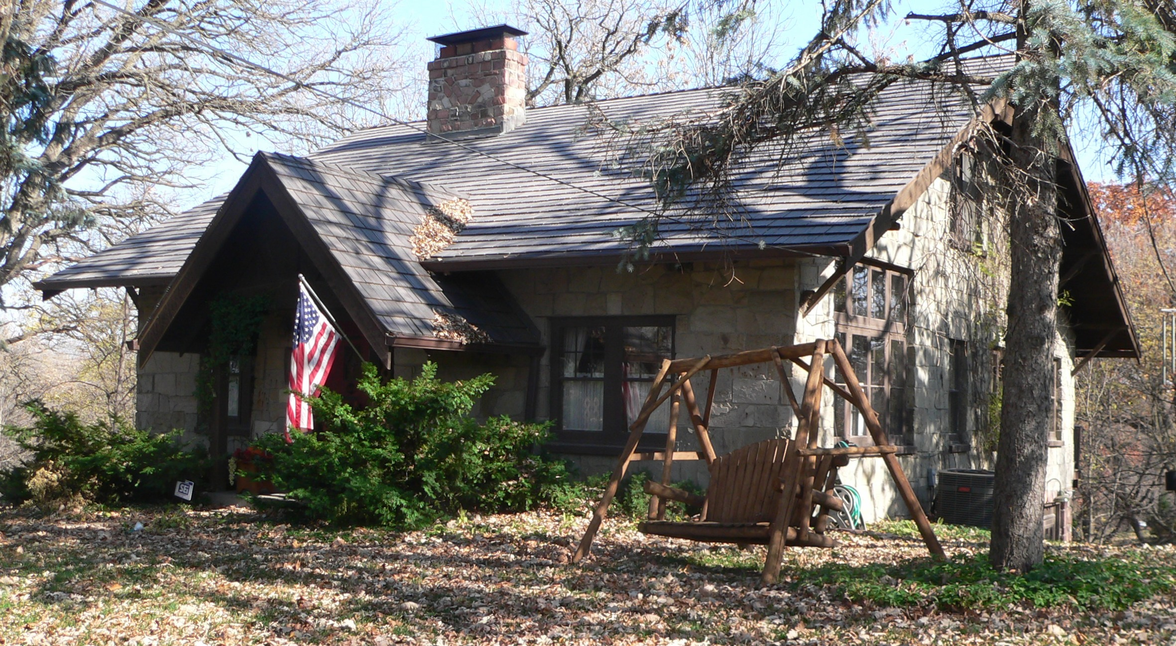 Datei:William E Gordon house (Bellevue, NE) from SE 3.jpg – Wikipedia