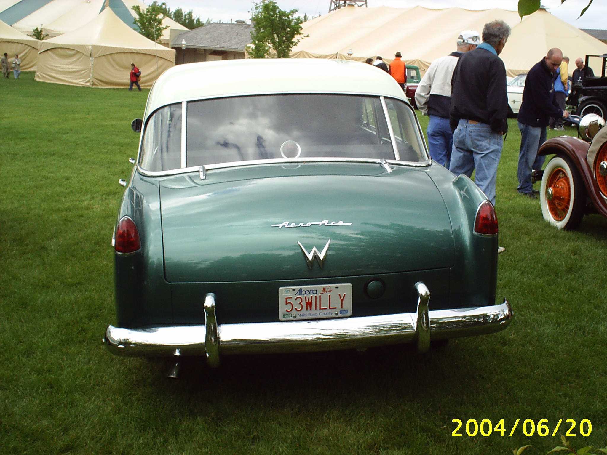 Willys_Aero_rear_%283088615974%29.jpg