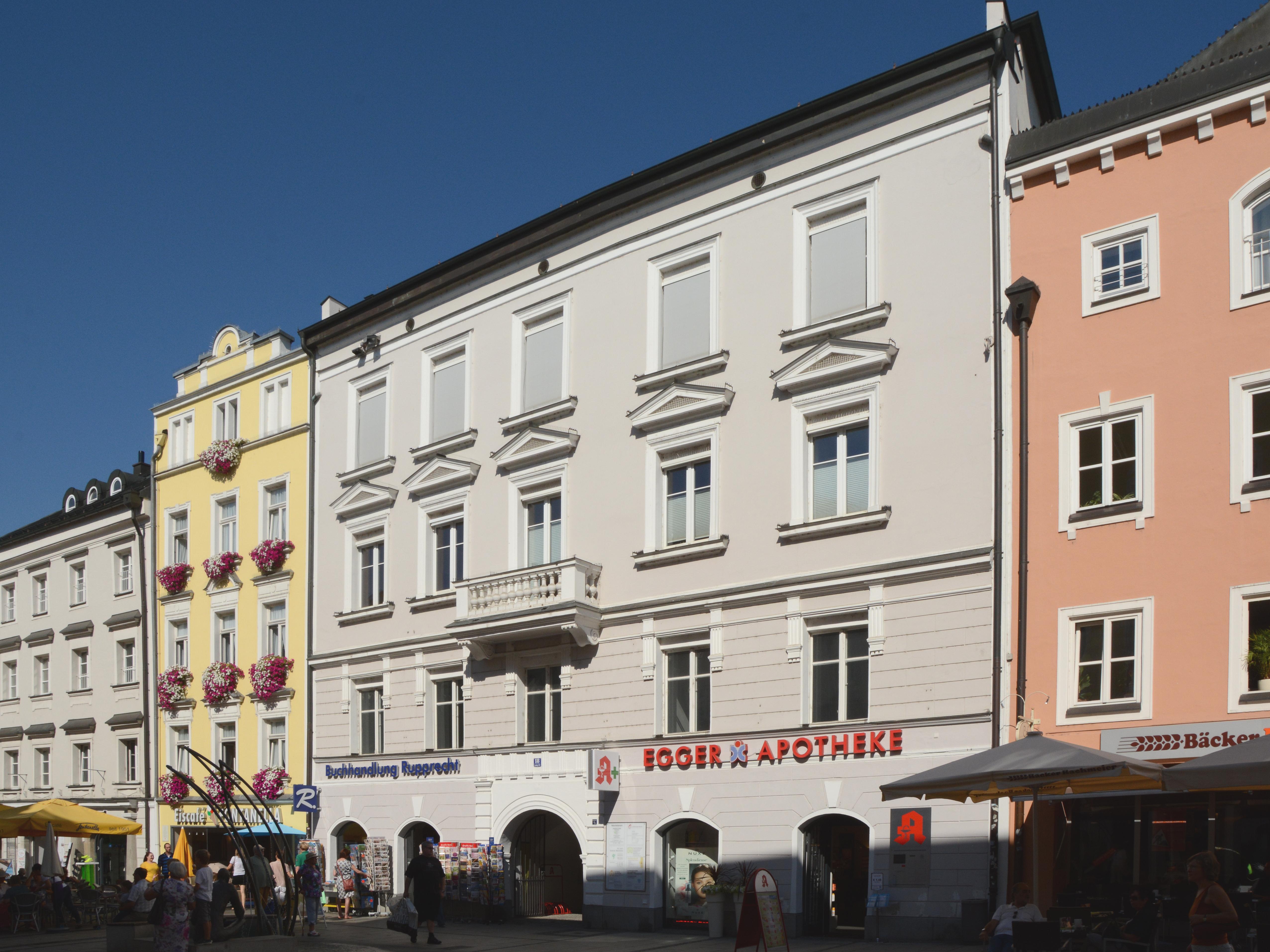Dateiwohn Und Geschäftshaus Ludwigstraße 18 Passau Cjpg Wikipedia