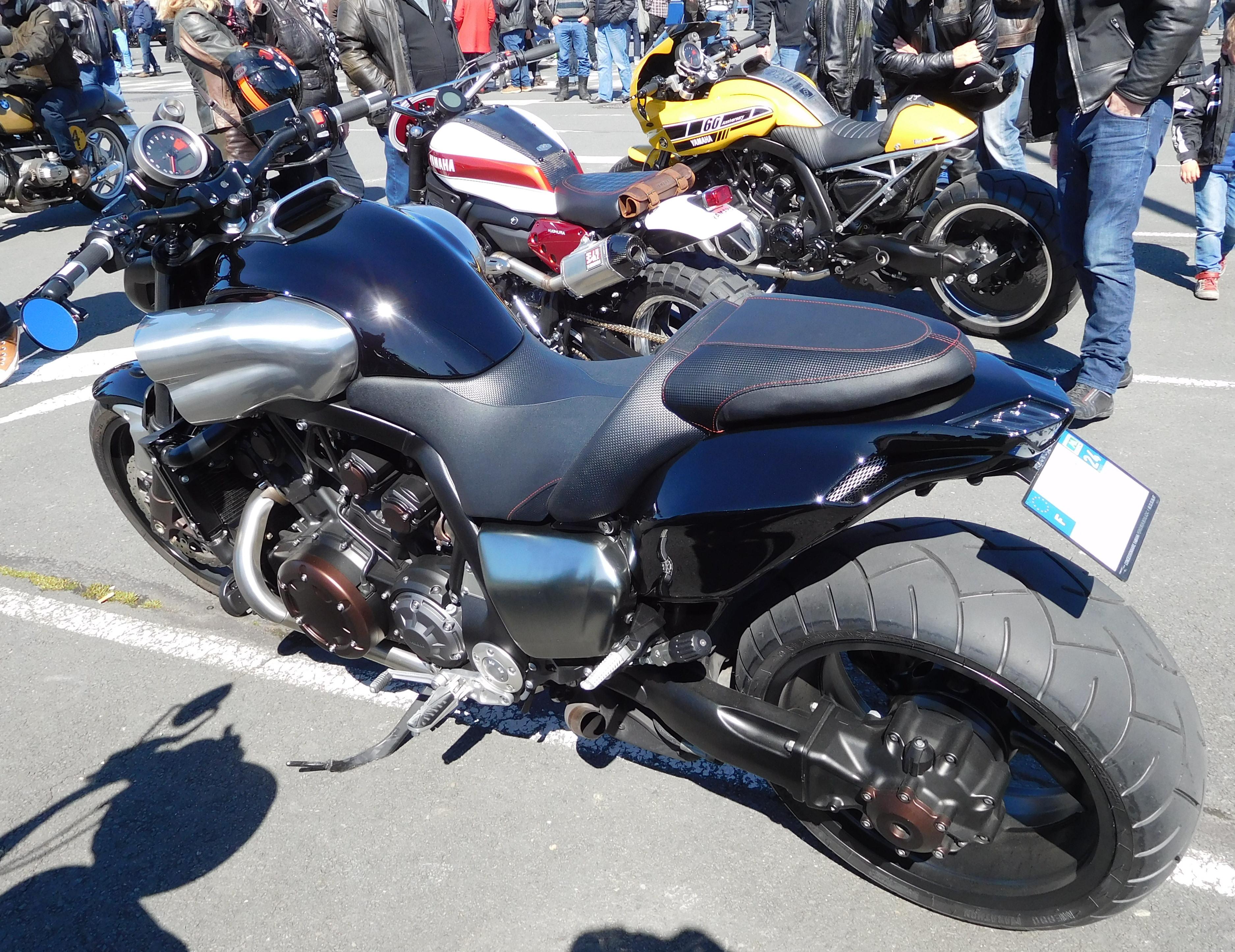 Yamaha Vmax  Hydrollic Fluid For Trim Motor