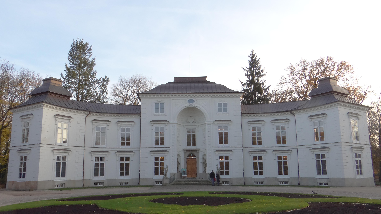 Filełazienki Pałac Myślewicki 01jpg Wikimedia Commons