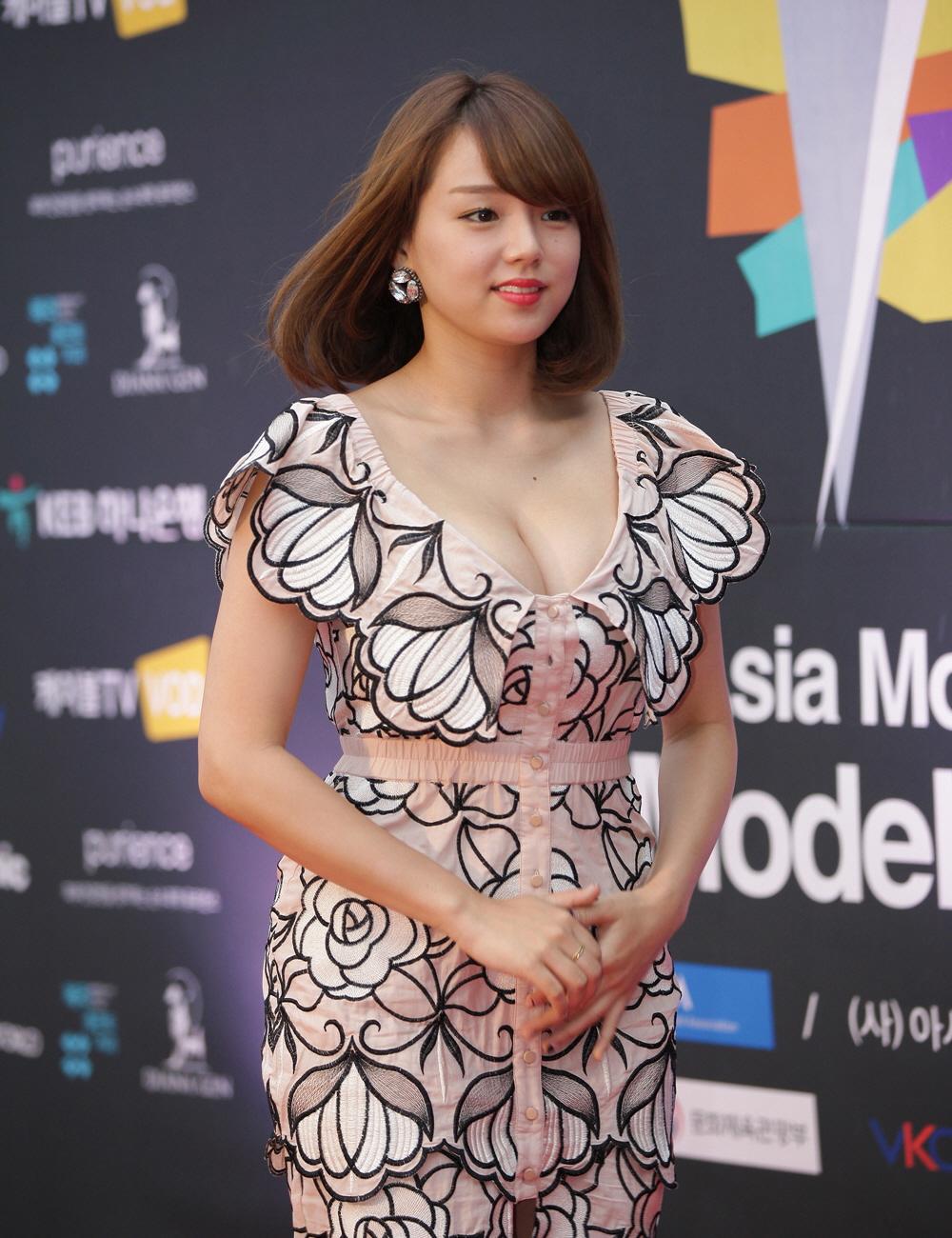 File:시노자키 아이(Shinozaki Ai) 2017 아시아 모델 페스티벌