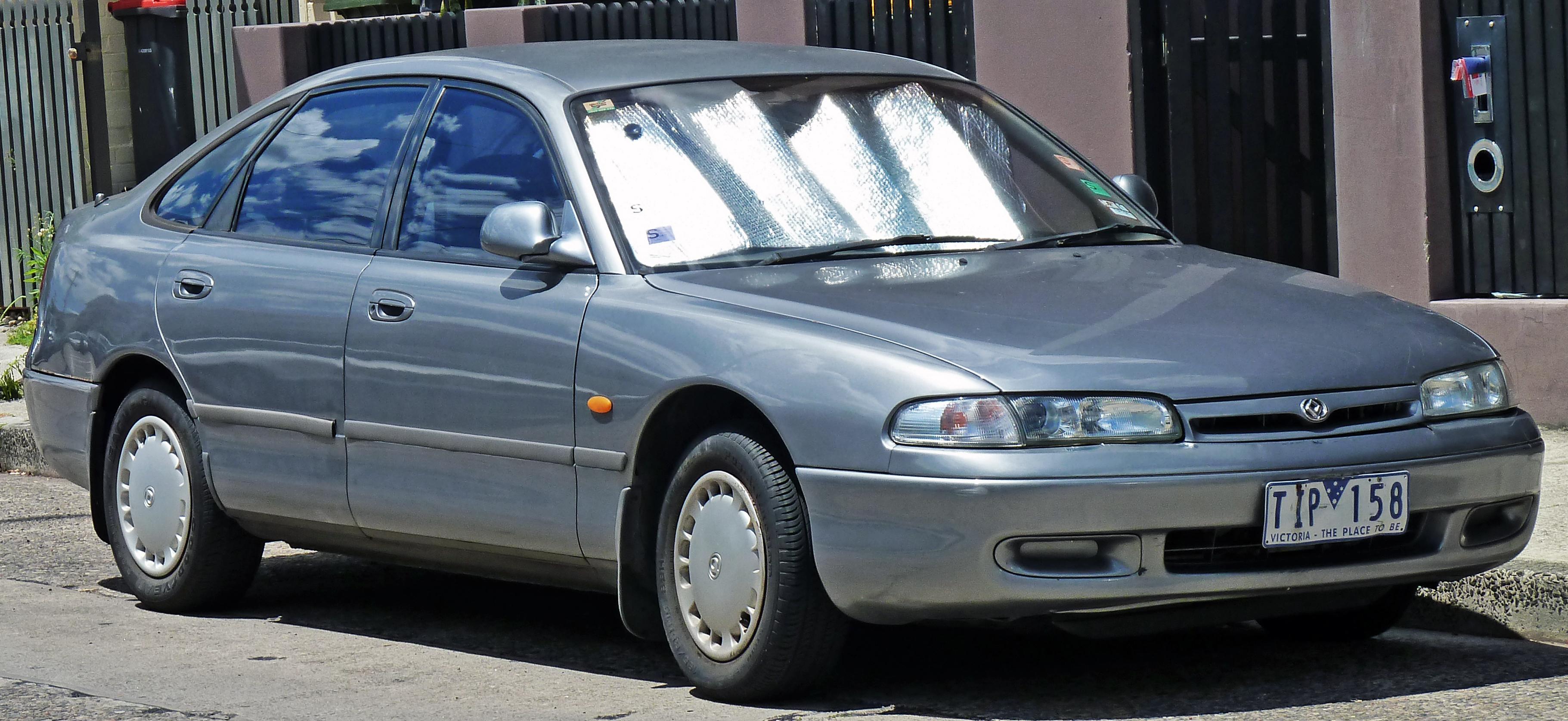 File:1992 Mazda 626 (GE) 2.0 hatchback (2010-11-03).jpg - Wikimedia
