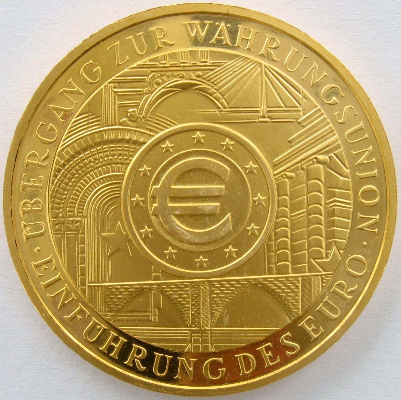 200 Euro  (999 / 24kt.) 31,10 Gr. <br>Quelle und copyright:Wikipedia 2011