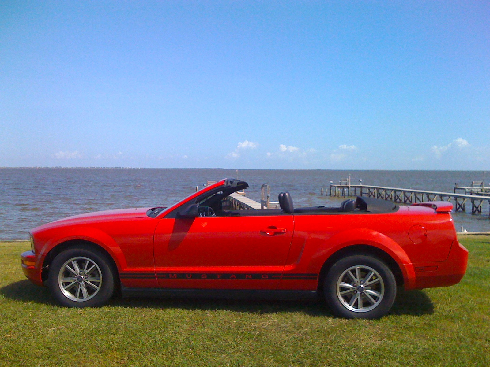file 2005 ford mustang wikimedia commons. Black Bedroom Furniture Sets. Home Design Ideas
