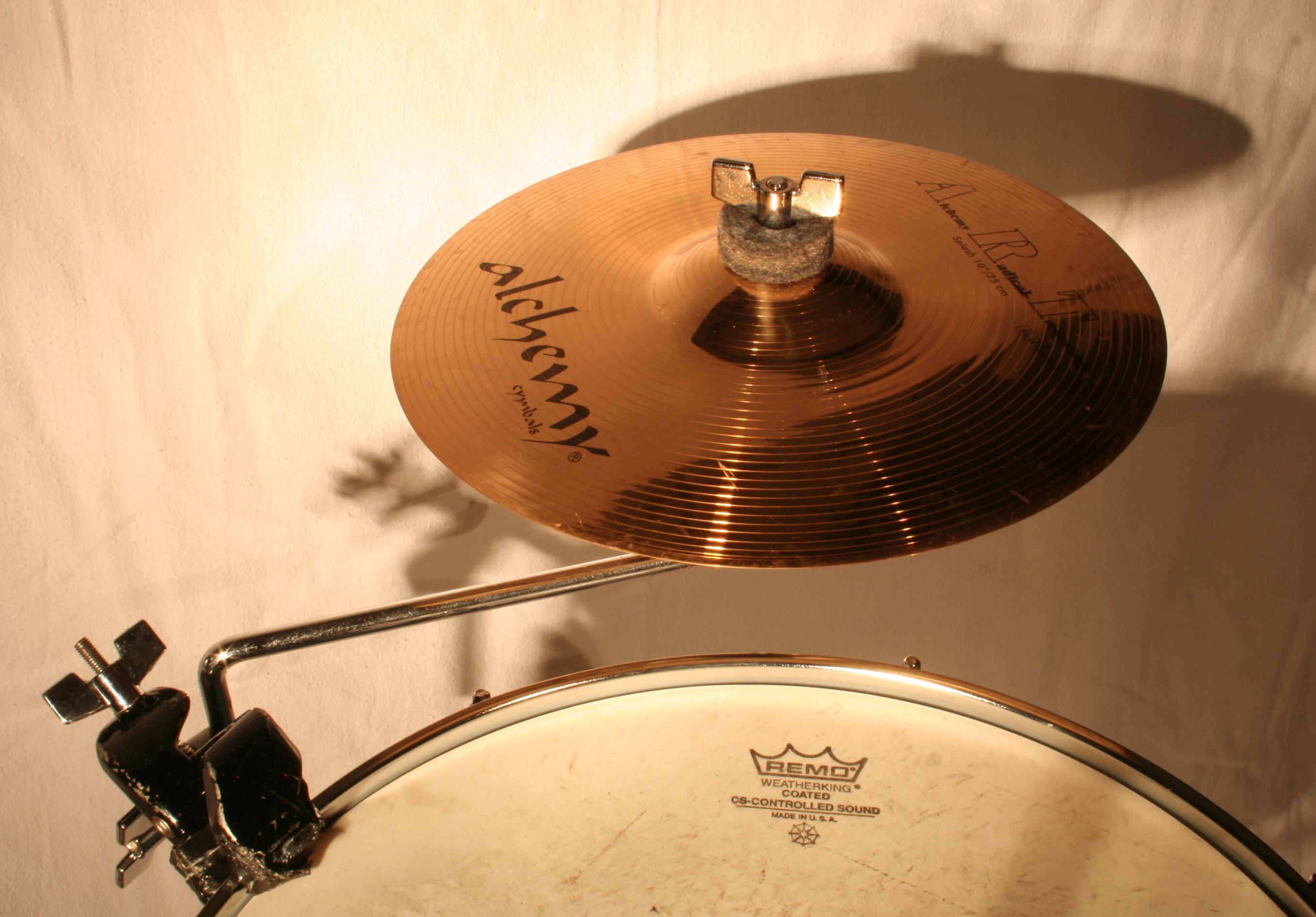 Cymbal stand - Wikipedia, the free encyclopedia