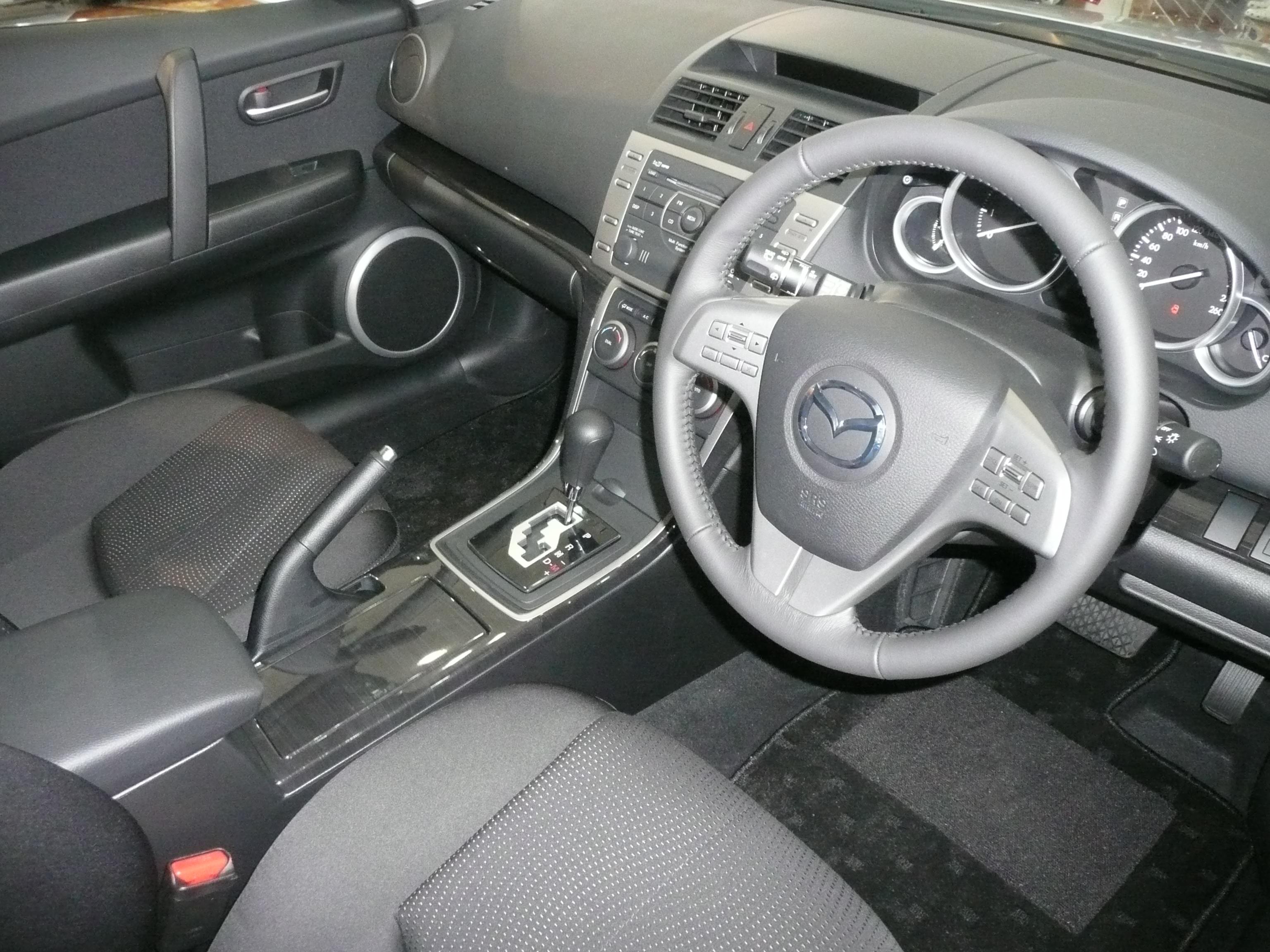 File:2008 Mazda6 (GH) Classic station wagon (2008-10-10) 02.jpg ...