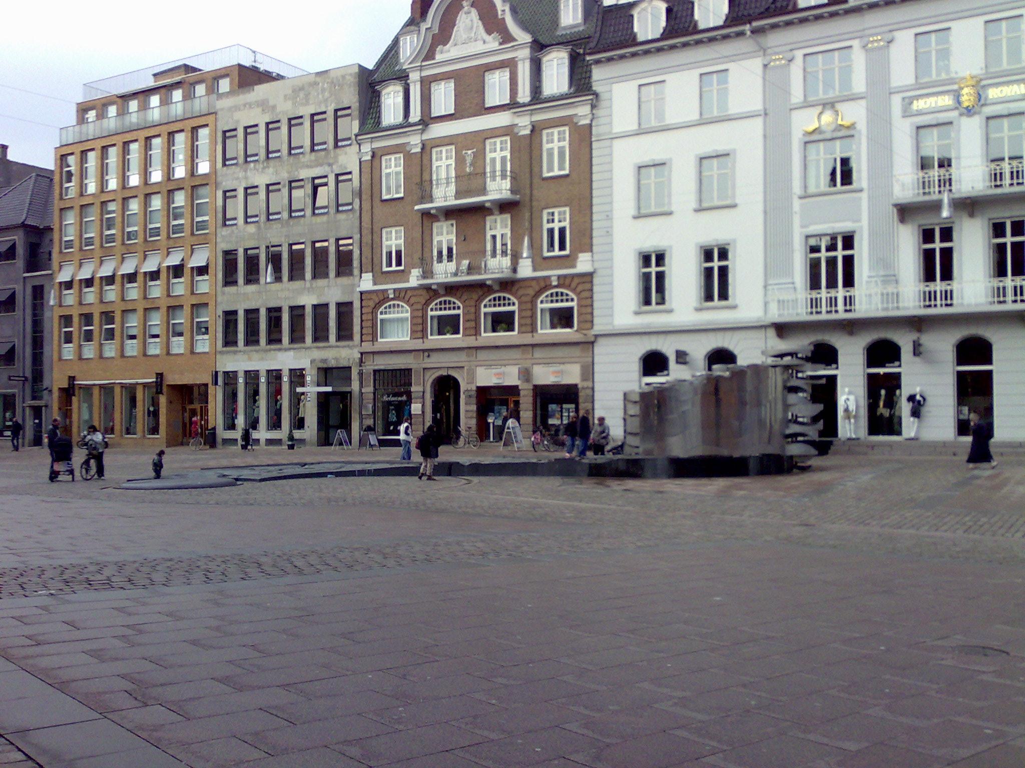 669d392a0f4f File Aarhus - Store Torv - panoramio.jpg - Wikimedia Commons