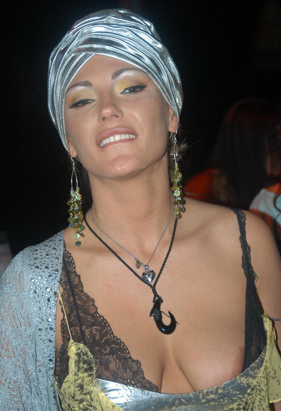 Angelica Costello Nude Photos 18