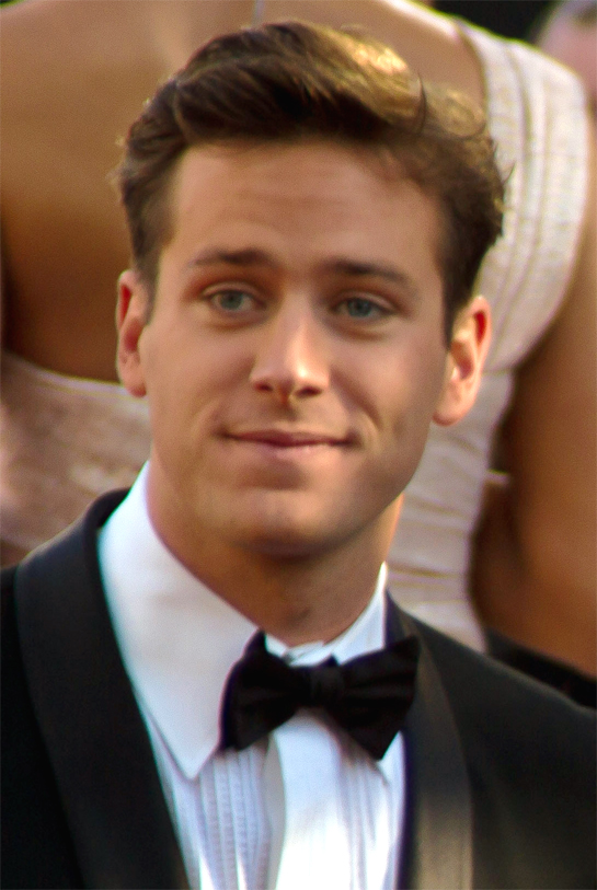 The 31-year old son of father Michael Armand Hammer and mother Dru Ann Mobley, 196 cm tall Armie Hammer in 2018 photo