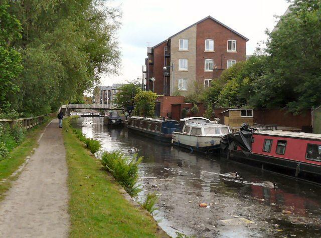 Ashton Canal - geograph.org.uk - 1312582