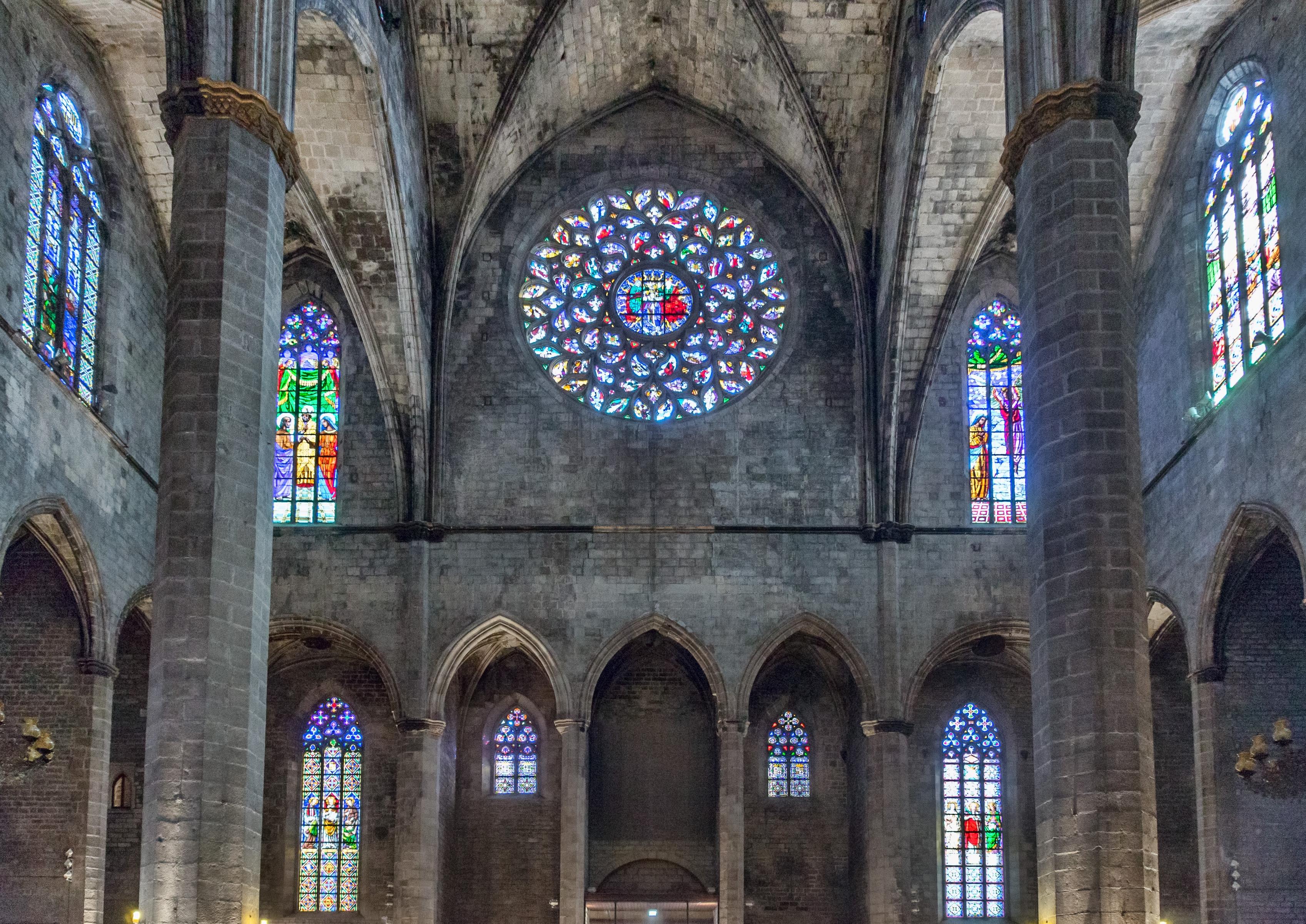 Barcelone - Santa Maria del Mar - Arrière.jpg
