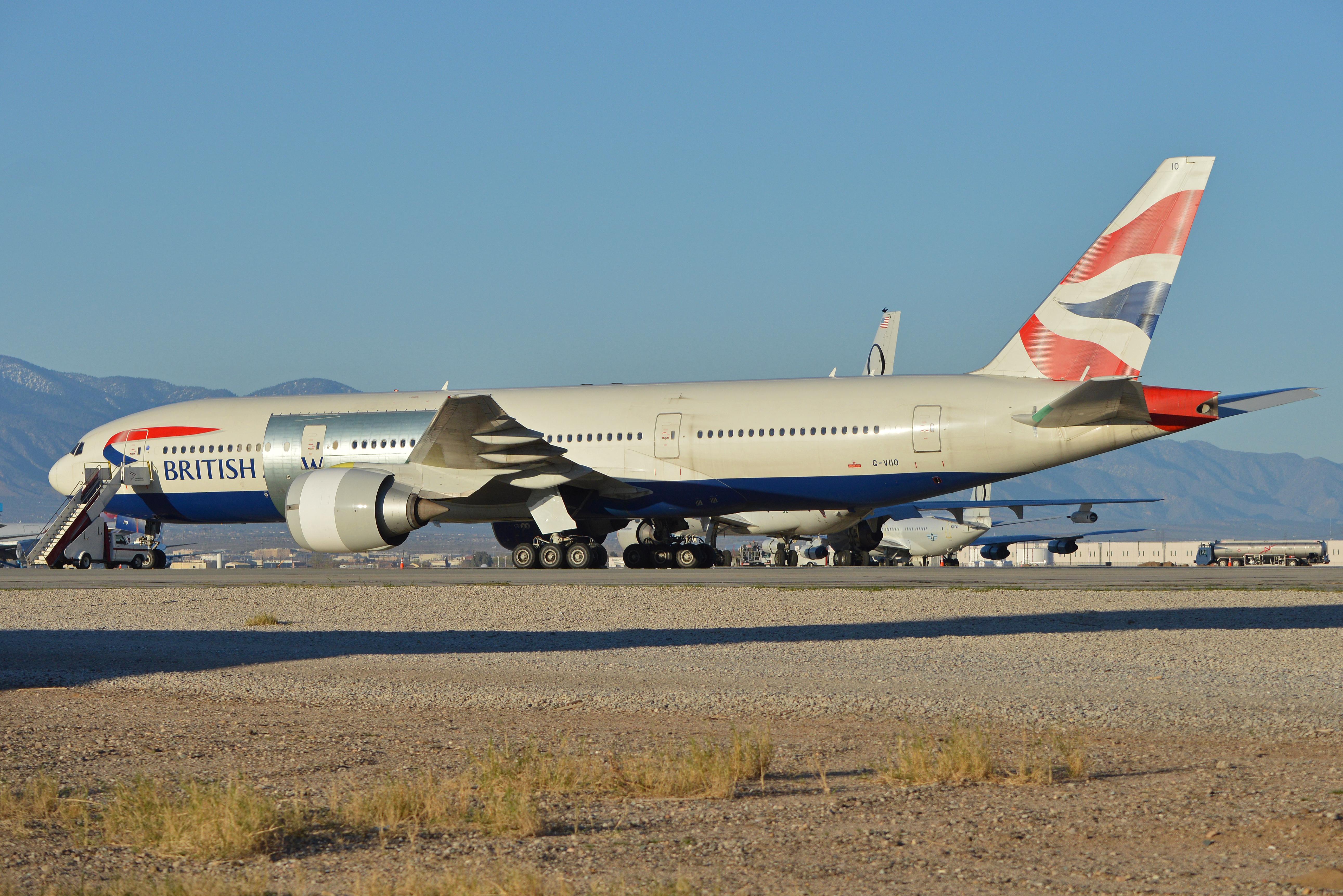 File:Boeing 777-236ER 'G-VIIO' British Airways (27343290862