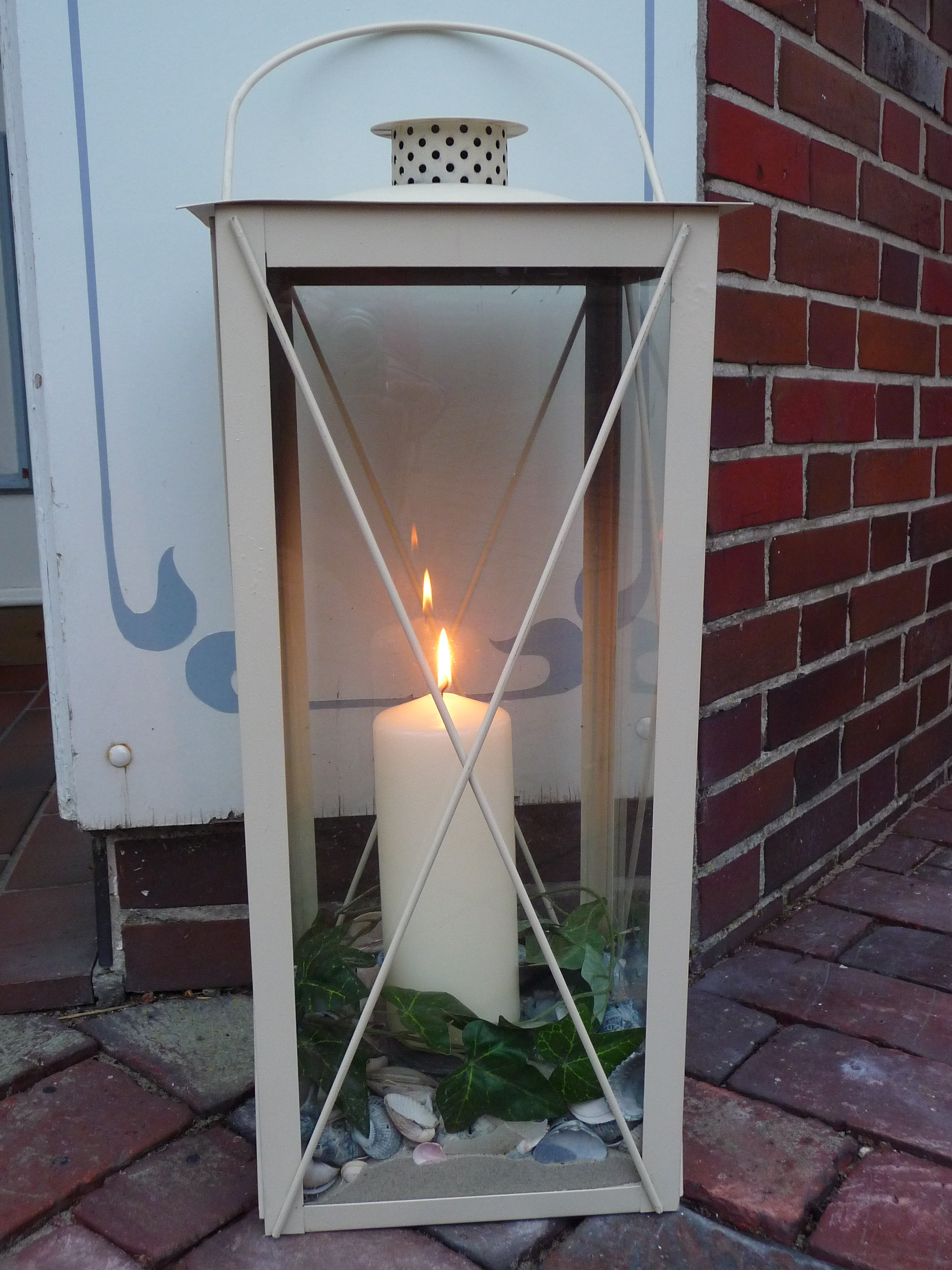 blomus 65274 windlicht mit kerze piedra h he 23 5 cm smash. Black Bedroom Furniture Sets. Home Design Ideas