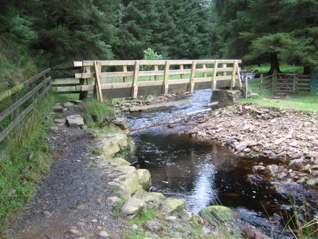 Bridge at Lady Clough on the Snake Path - geograph.org.uk - 959281