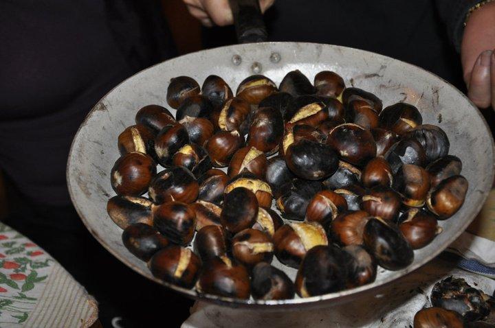 italy in november: caldarroste