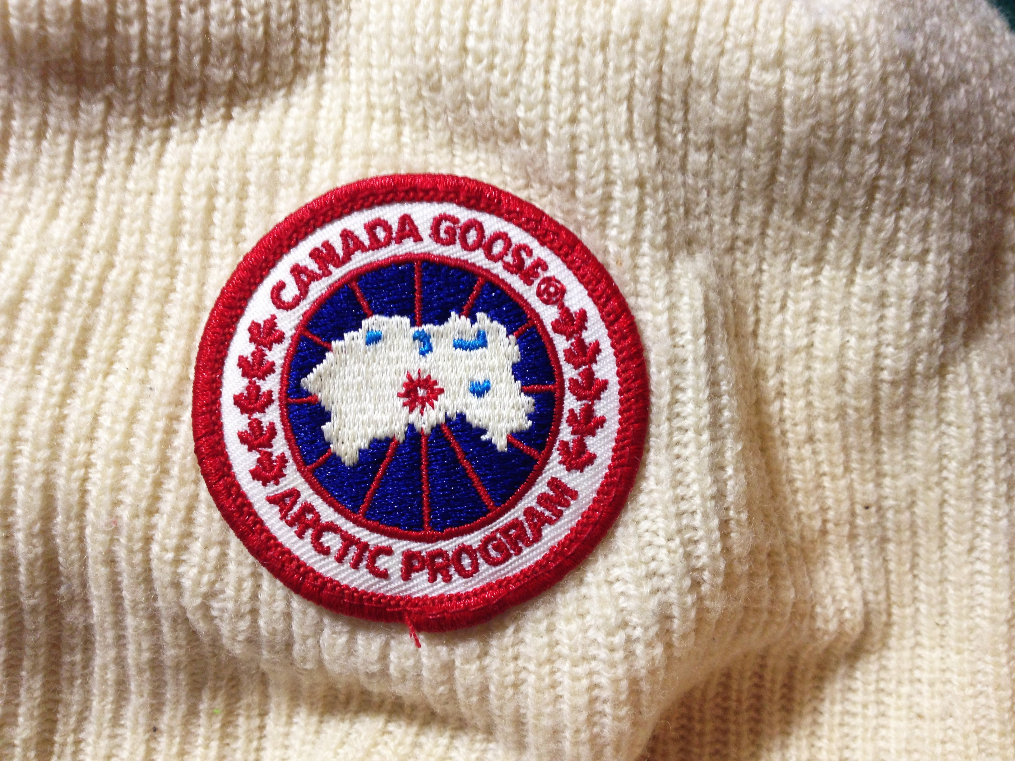 canada goose real label