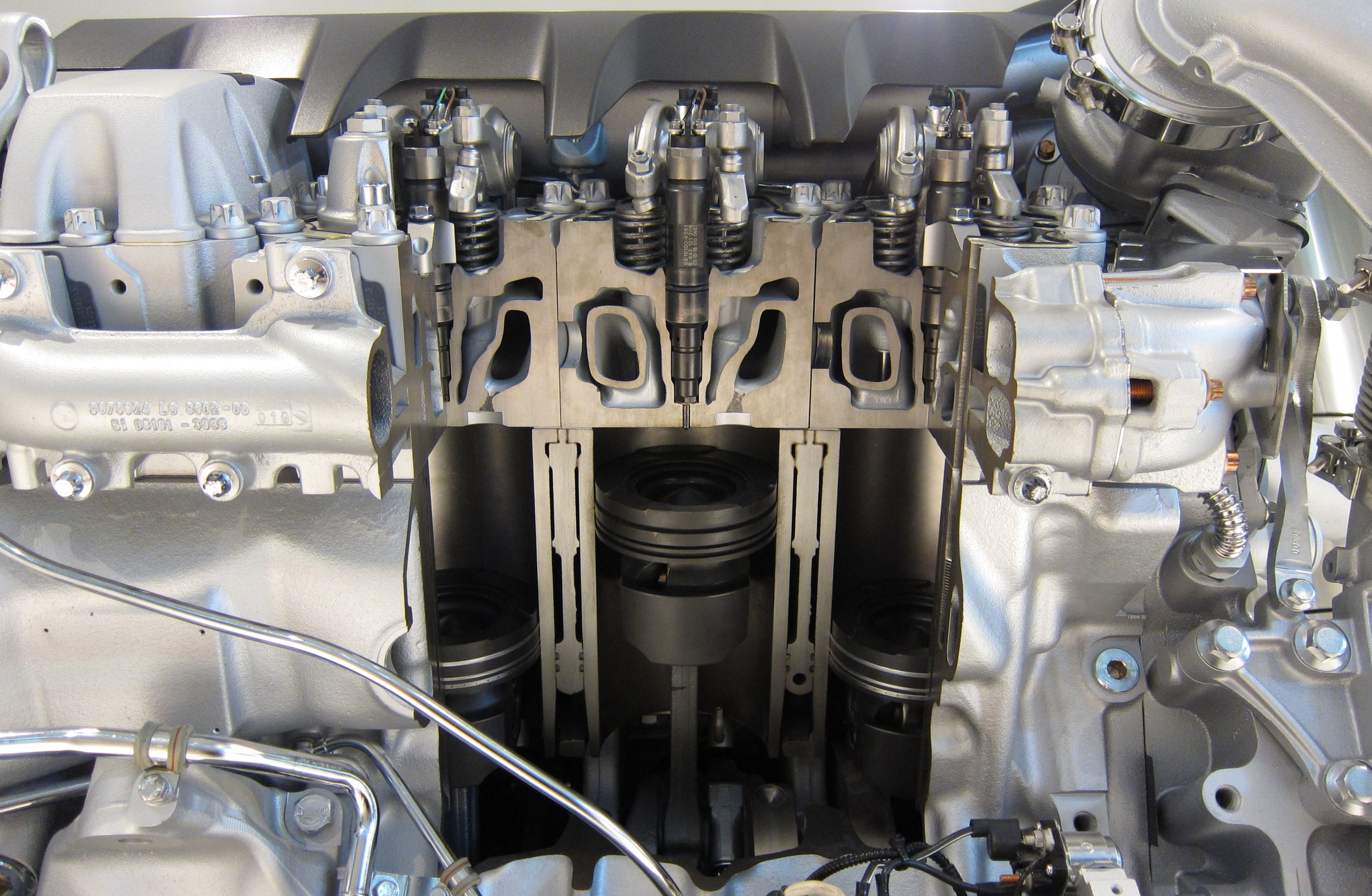 FileCutaway Of A MAN V8 Diesel Enginejpg Wikimedia Commons