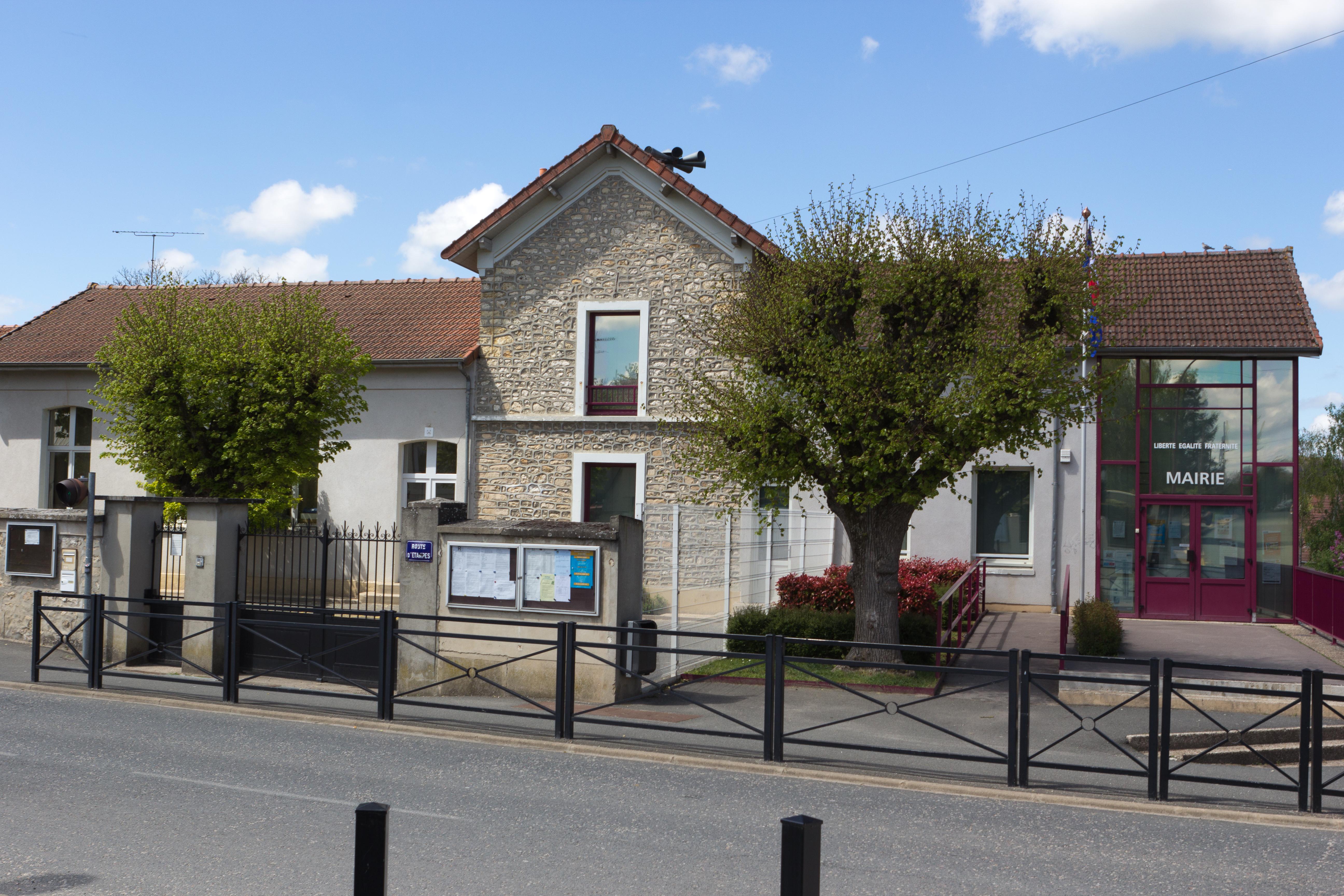 D'Huison-Longueville