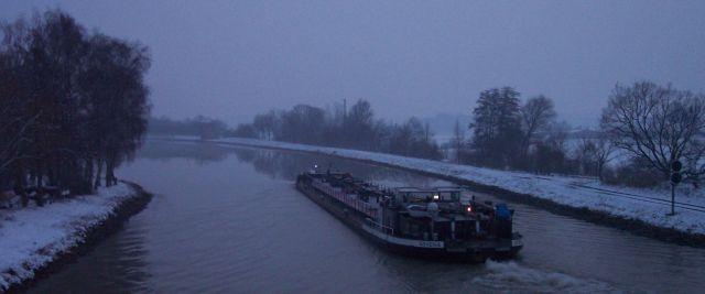 Dortmund Ems Kanal im Winter bei Lüdinghausen Kanalhafen