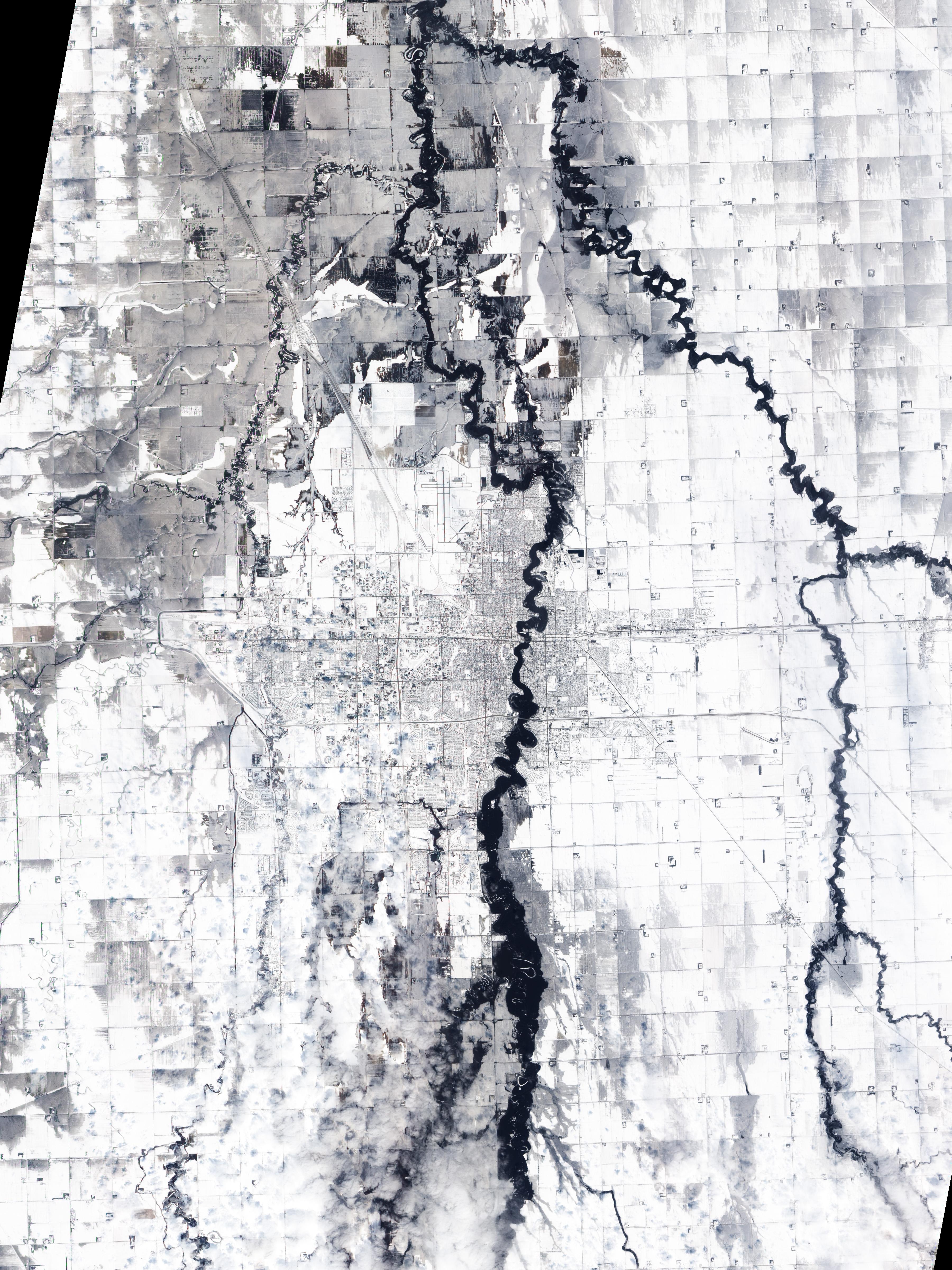 2009 Red River flood - Wikipedia City Of Fargo Flood Map on west fargo city limits map, fargo nd map, fargo minnesota map, fargo flood zone map, fargo interactive flood map, city street map bismarck nd, fargo north dakota street map, fargo north dakota weather map, south fargo map,