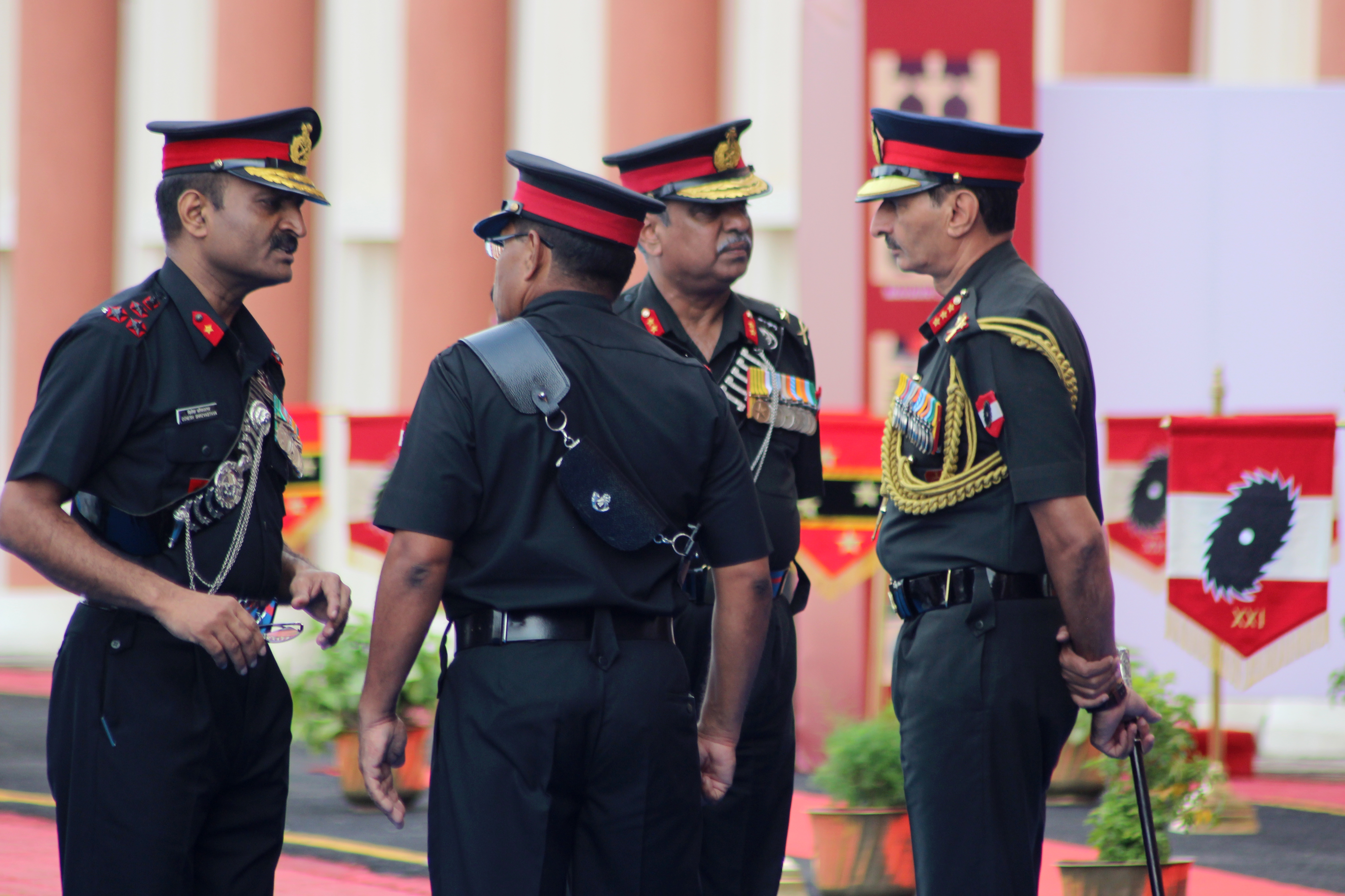 https://upload.wikimedia.org/wikipedia/commons/3/38/Felicitation_Ceremony_Southern_Command_Indian_Army_2017-_08.jpg