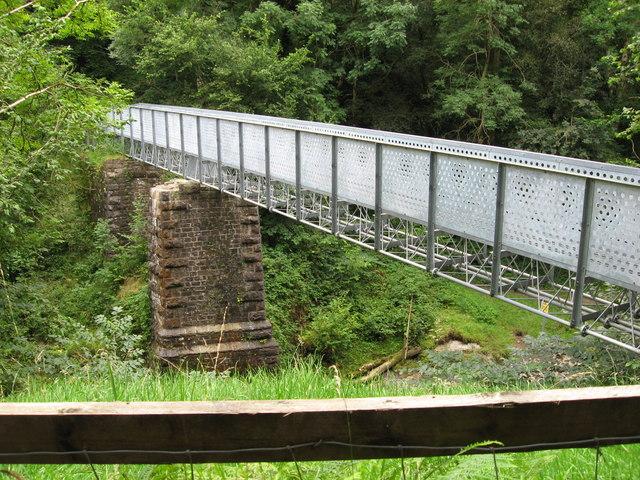 Footbridge over the Afon Mellte - geograph.org.uk - 1445201