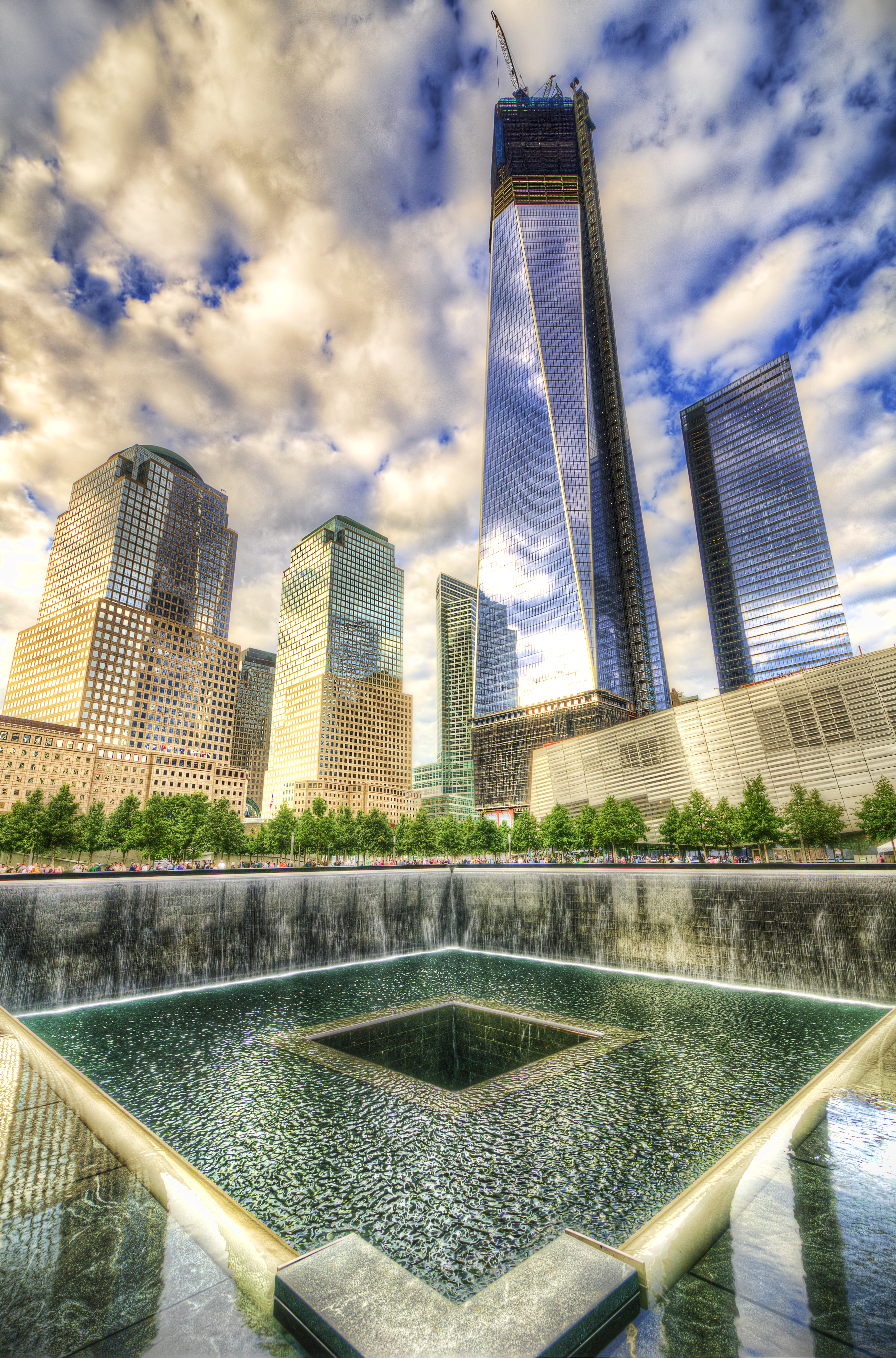 File:Freedom Tower in Progress and National September 11 ...