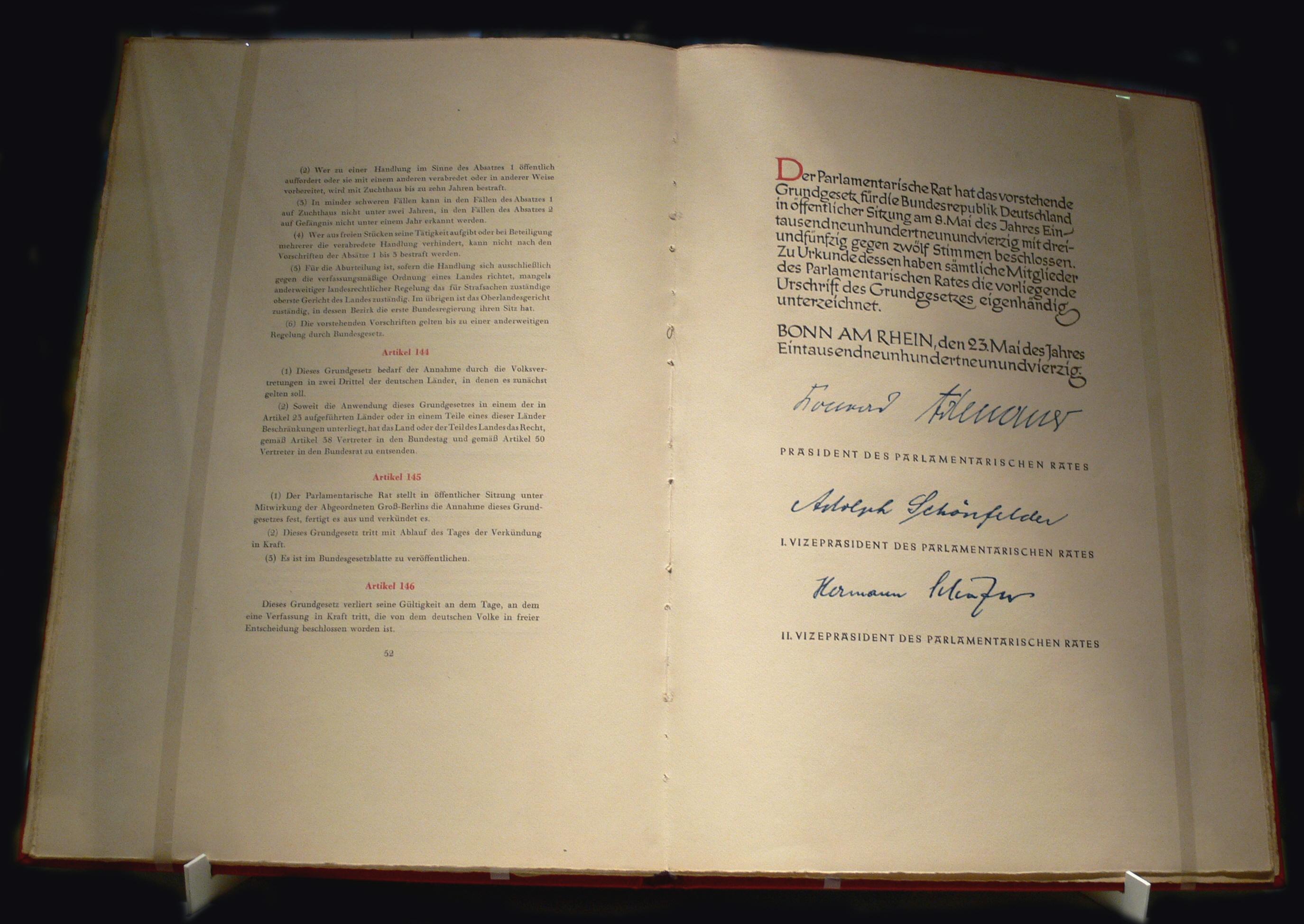 Veja o que saiu no Migalhas sobre Lei Fundamental da República Federal da Alemanha