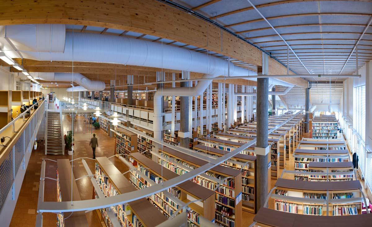 linköping bibliotek öppettider